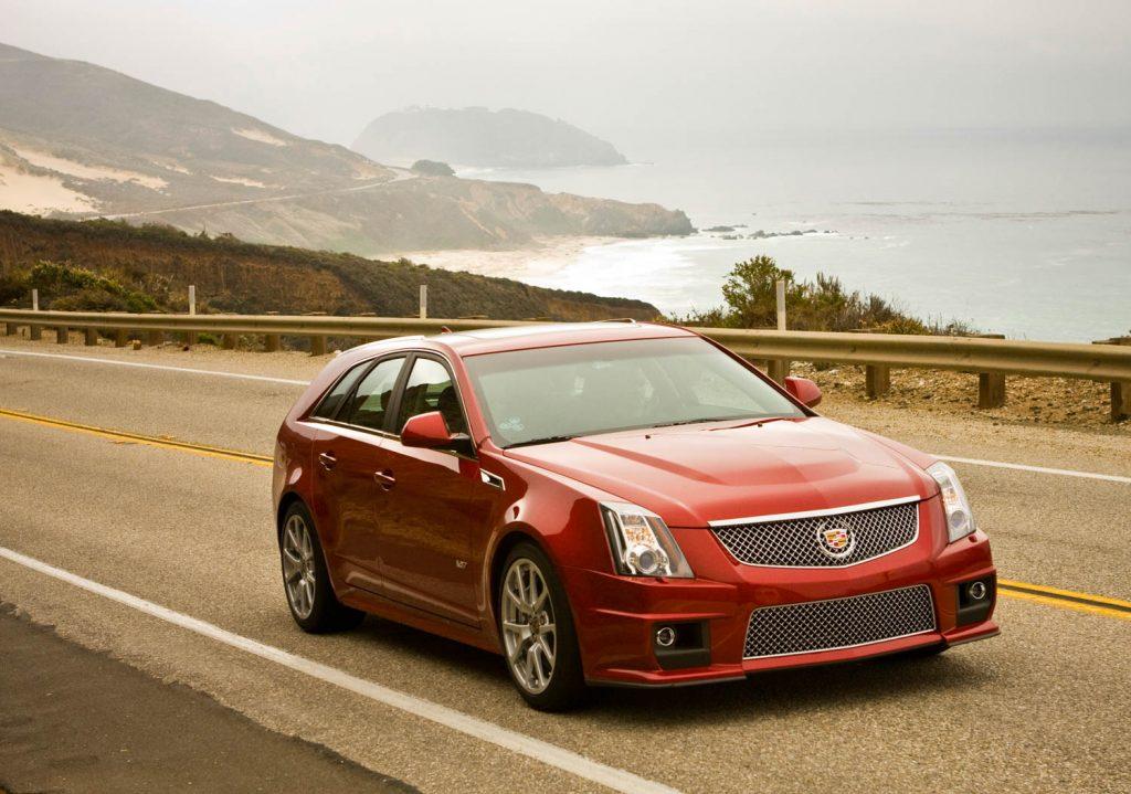 2012 CTS-V Sport Wagon front three-quarter