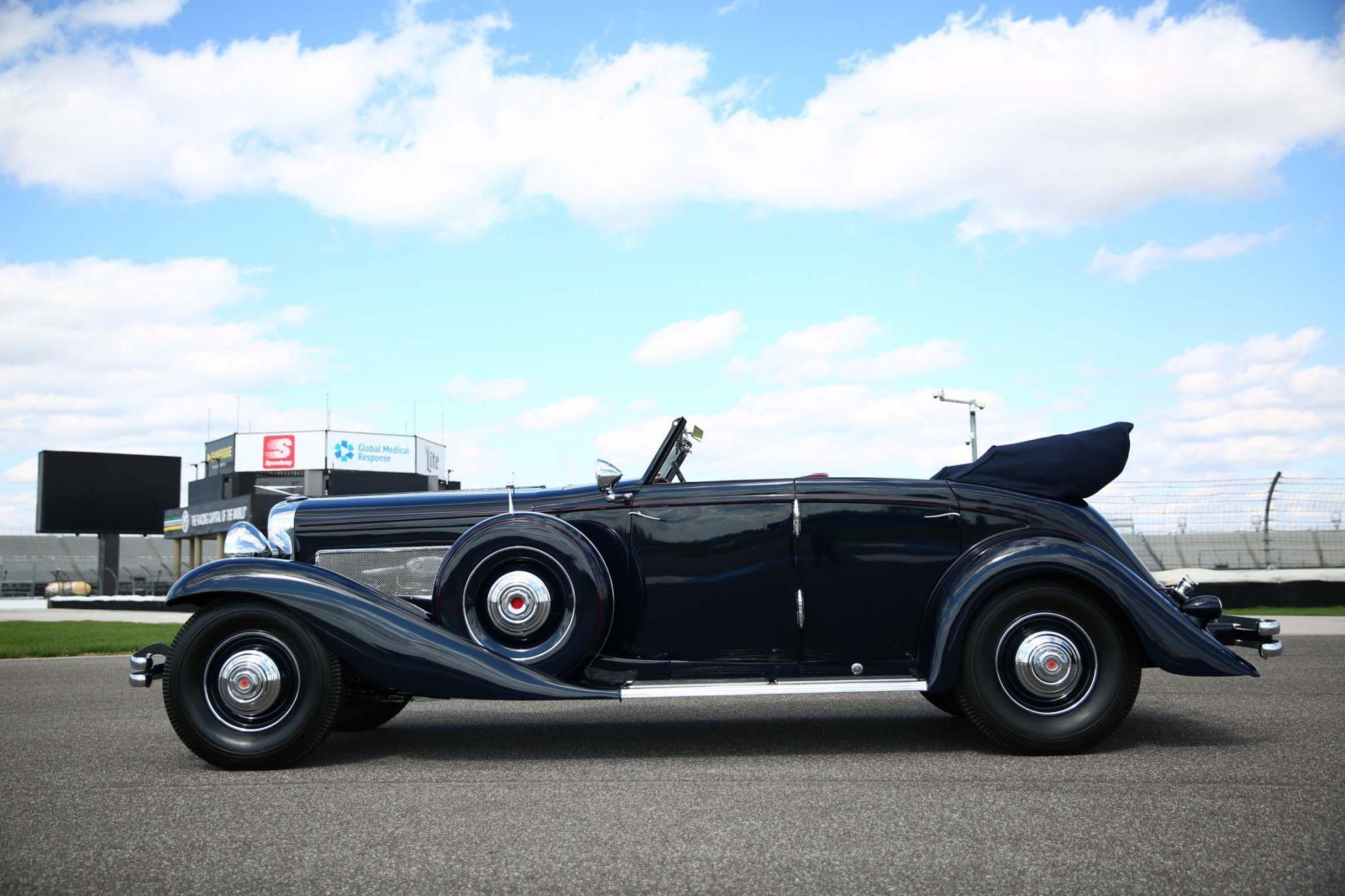 1935 Duesenberg Model JN Convertible Sedan by Rollston side profile