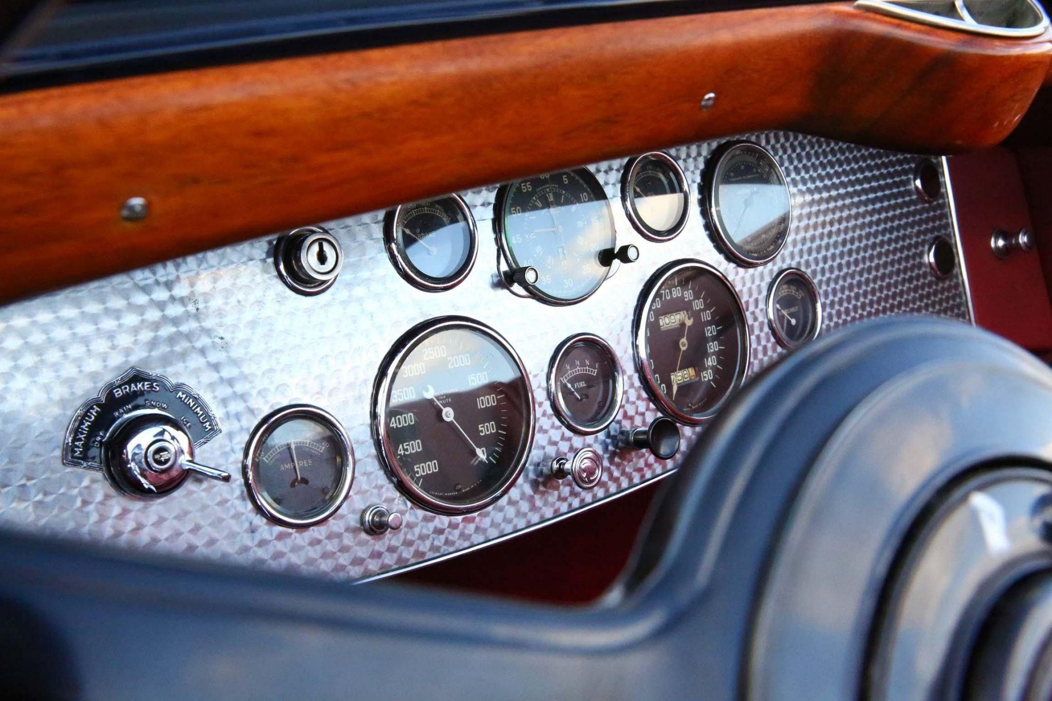 1935 Duesenberg Model JN Convertible Sedan by Rollston interior guages