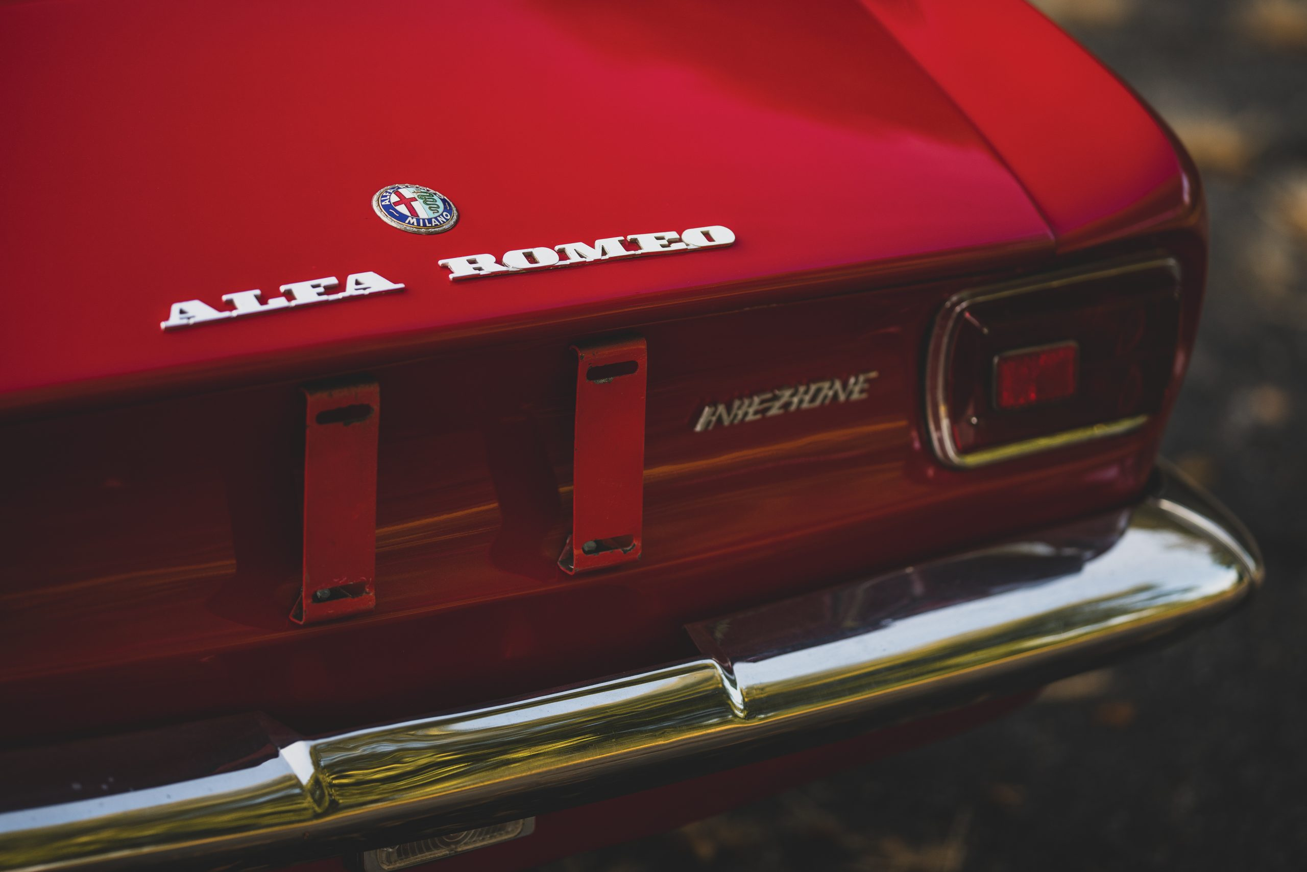 1969-Alfa-Romeo-1750-GT-Veloce rear badging
