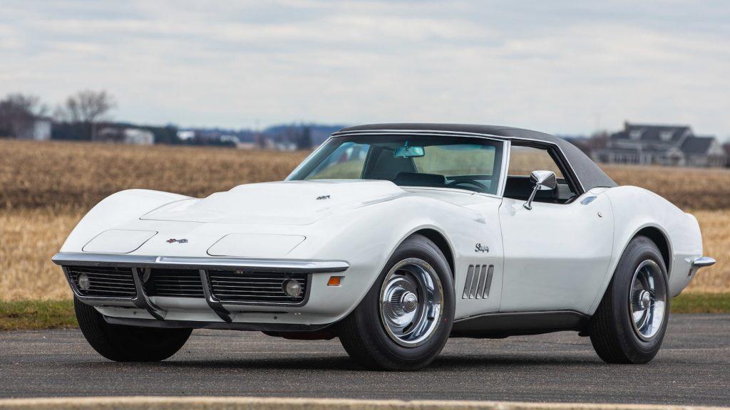 1969 Corvette 427:430hp L88 Convertible front three-quarter