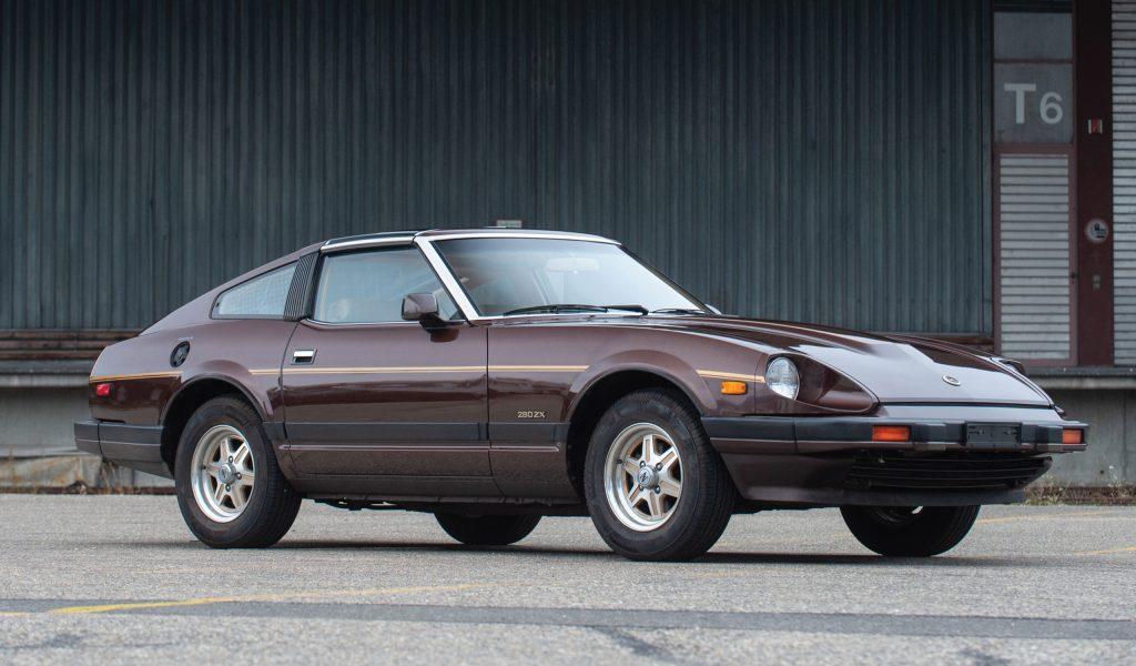 1982 Nissan 280ZX front three-quarter