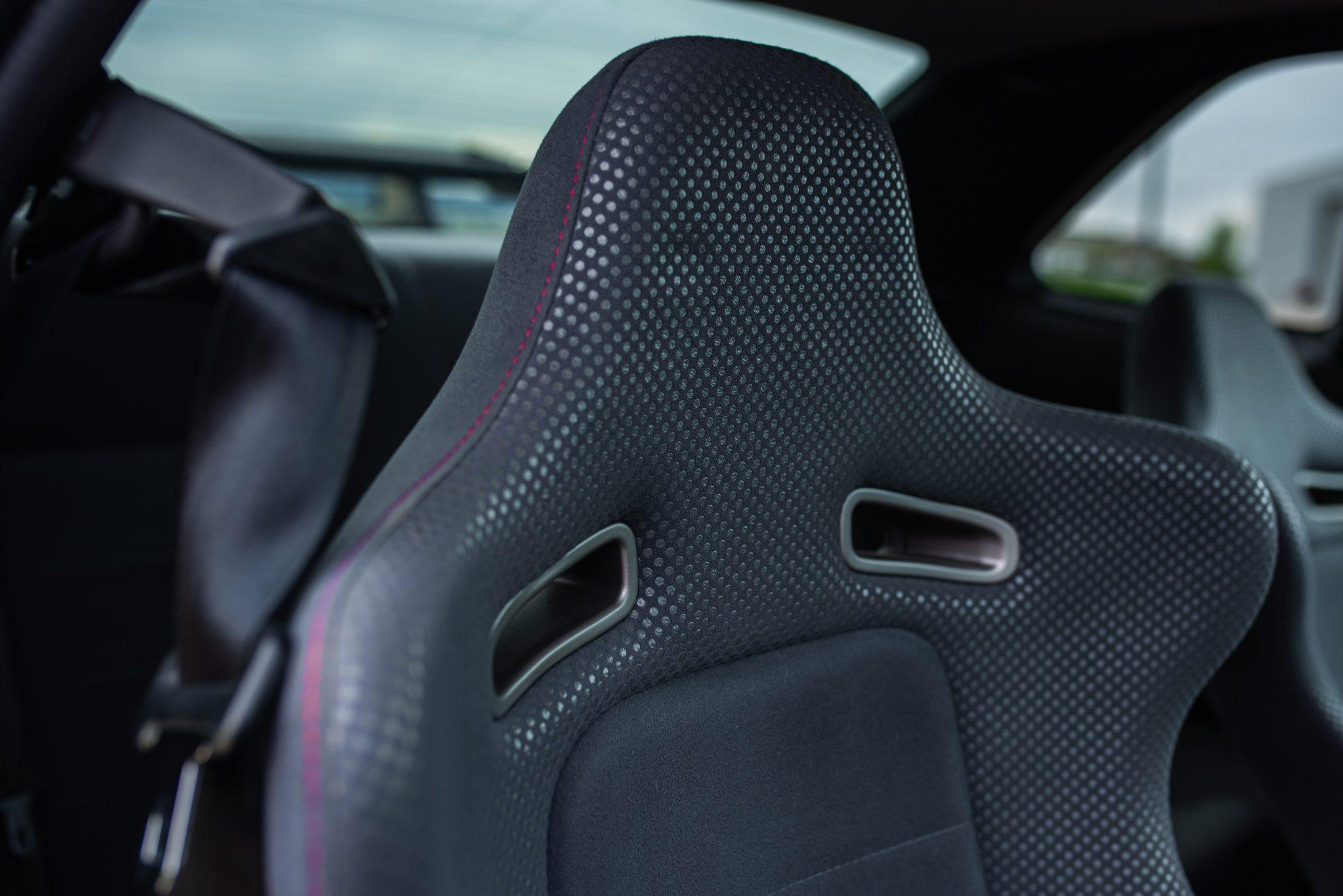 1999 Nissan Skyline GT-R V-Spec seat detail