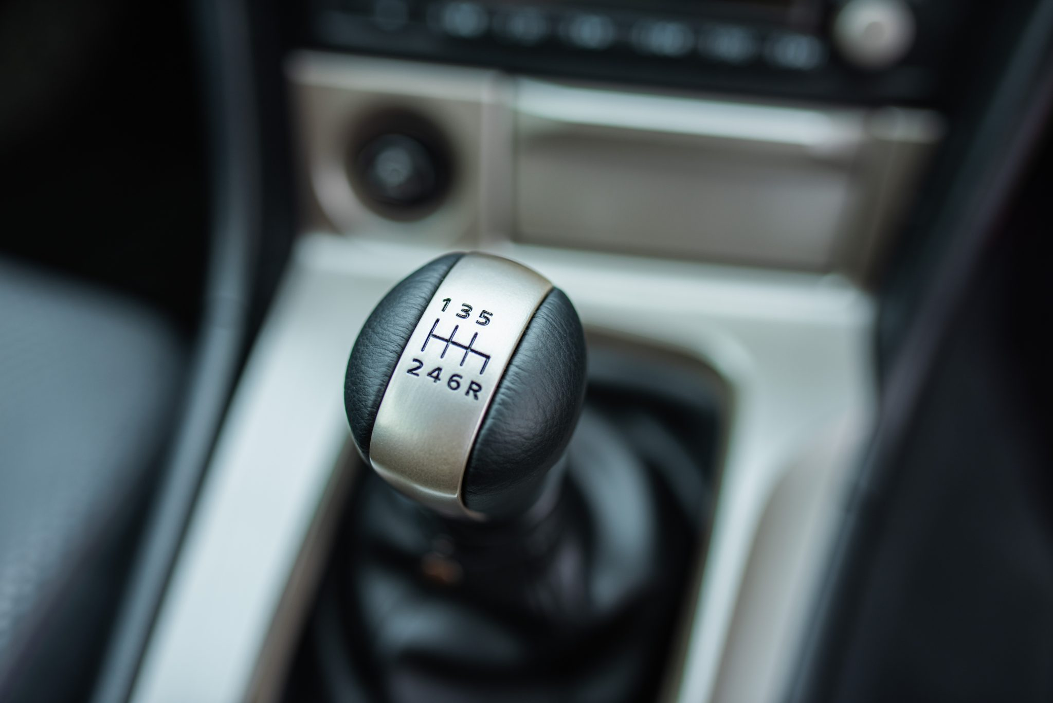 1999 Nissan Skyline GT-R V-Spec interior shifter