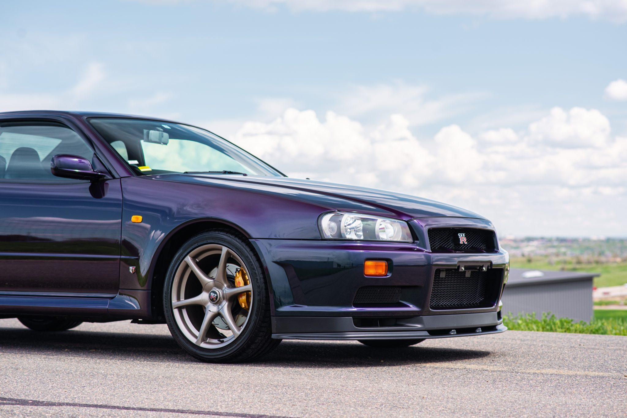 1999 Nissan Skyline GT-R V-Spec front end