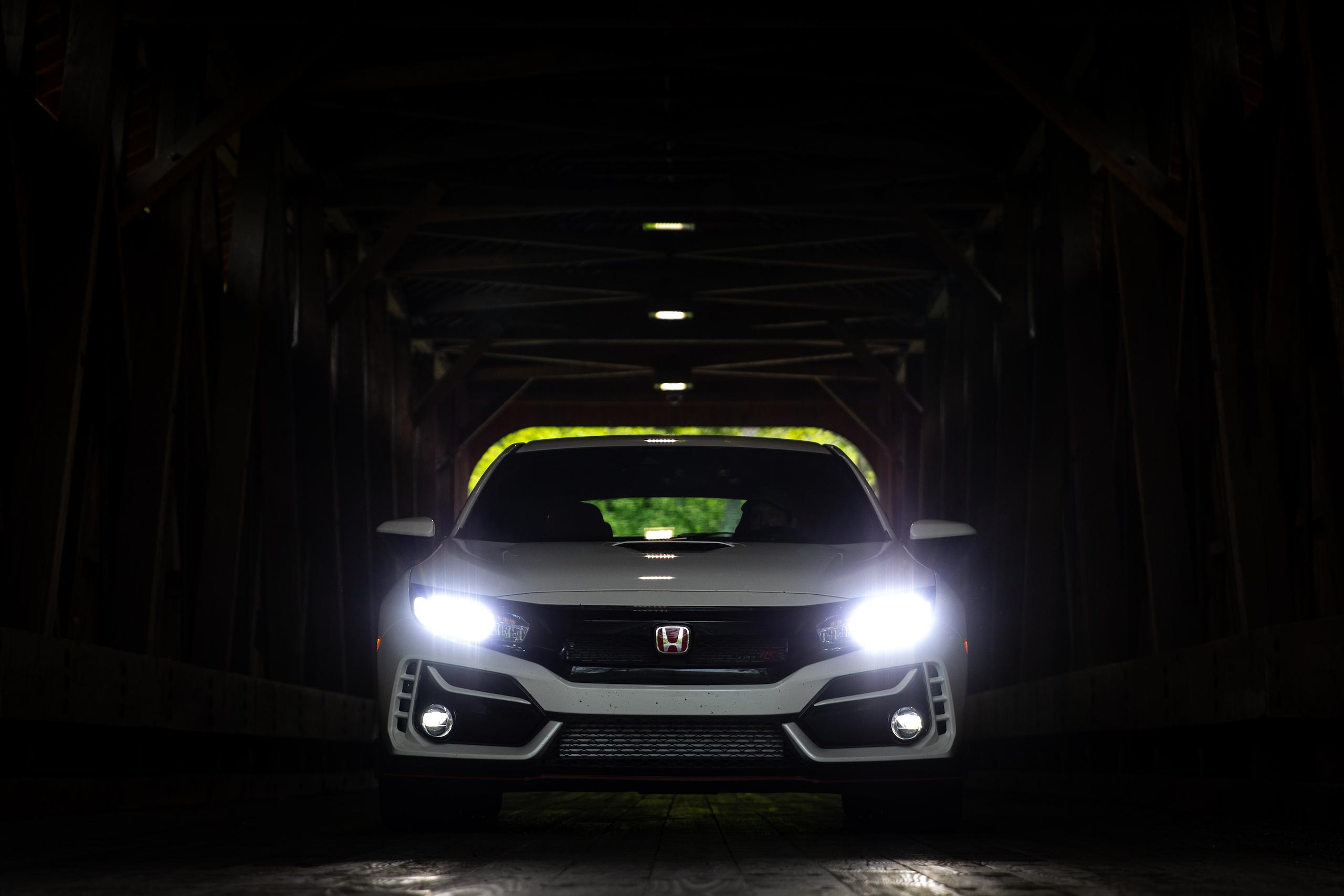 2020 Honda Civic Type R front headlights