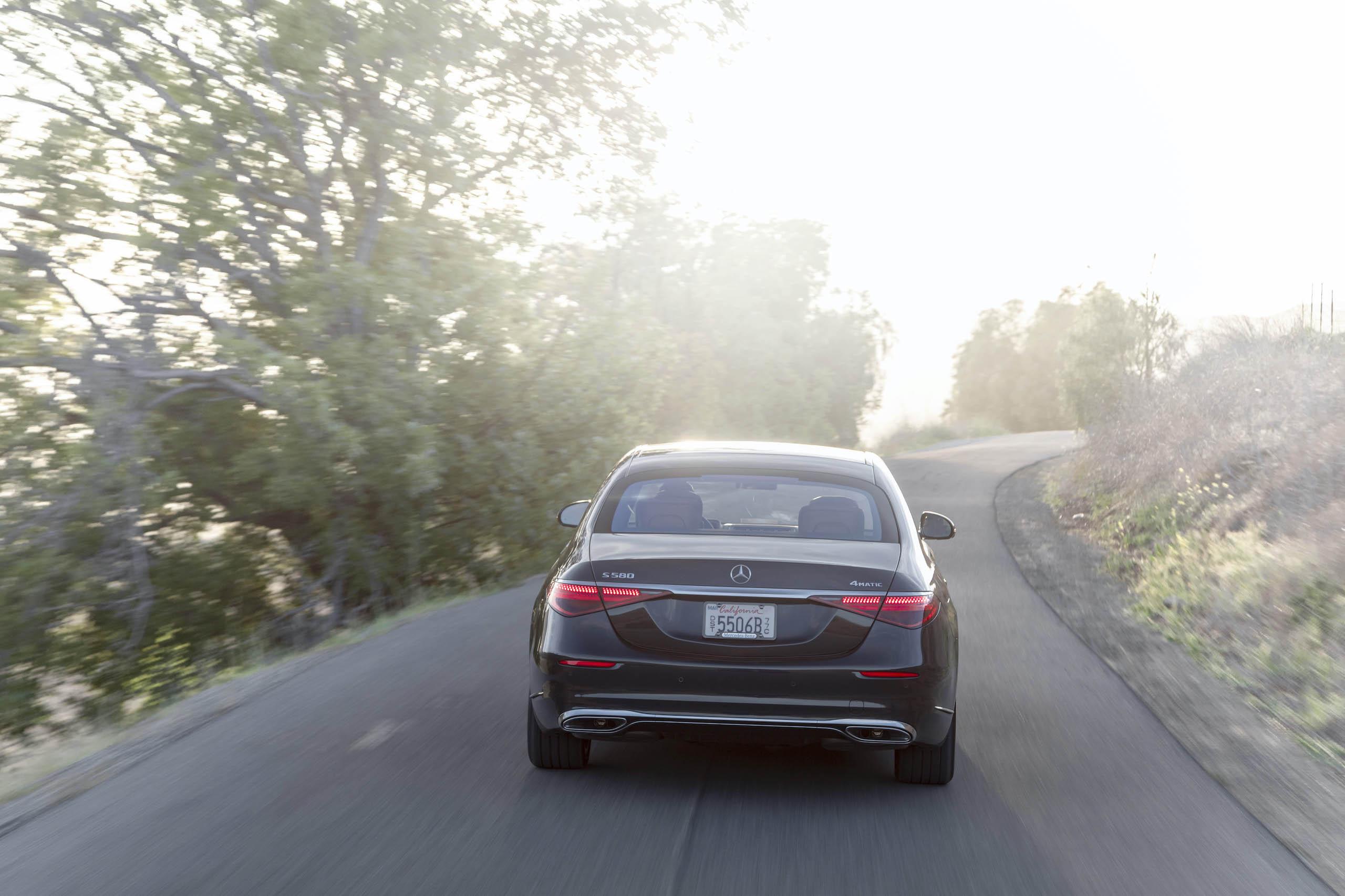 Mercedes Benz-S-Class rear action