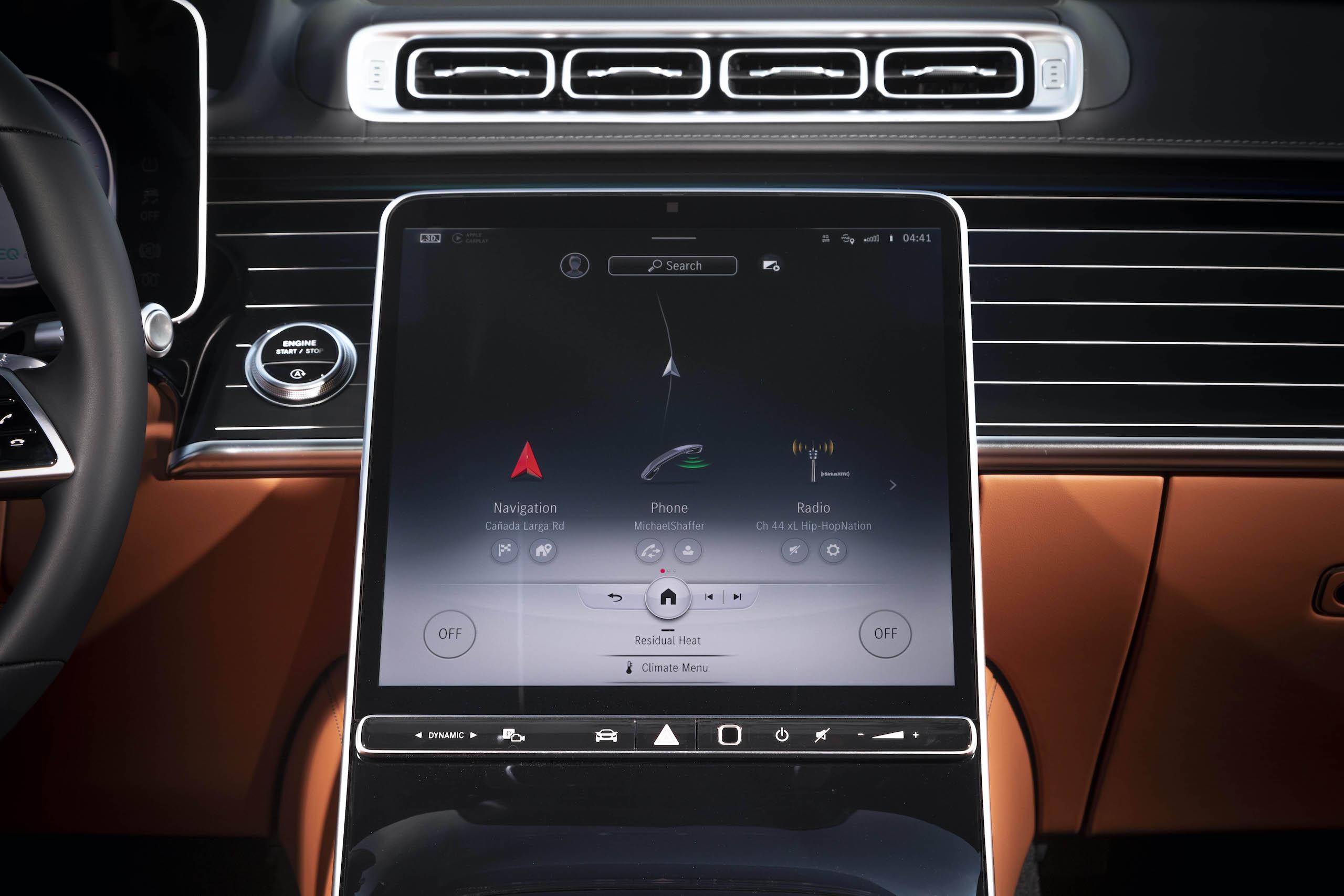 Mercedes Benz-S-Class interior infotainment screen