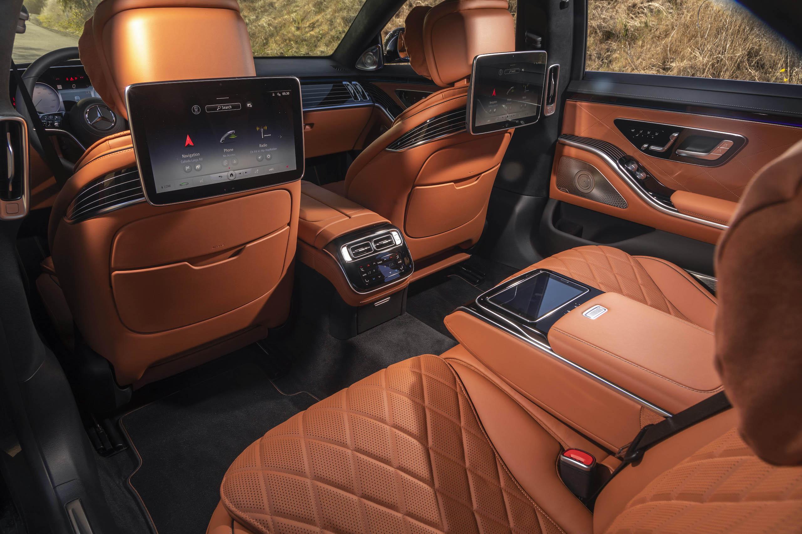 Mercedes Benz-S-Class interior rear screens