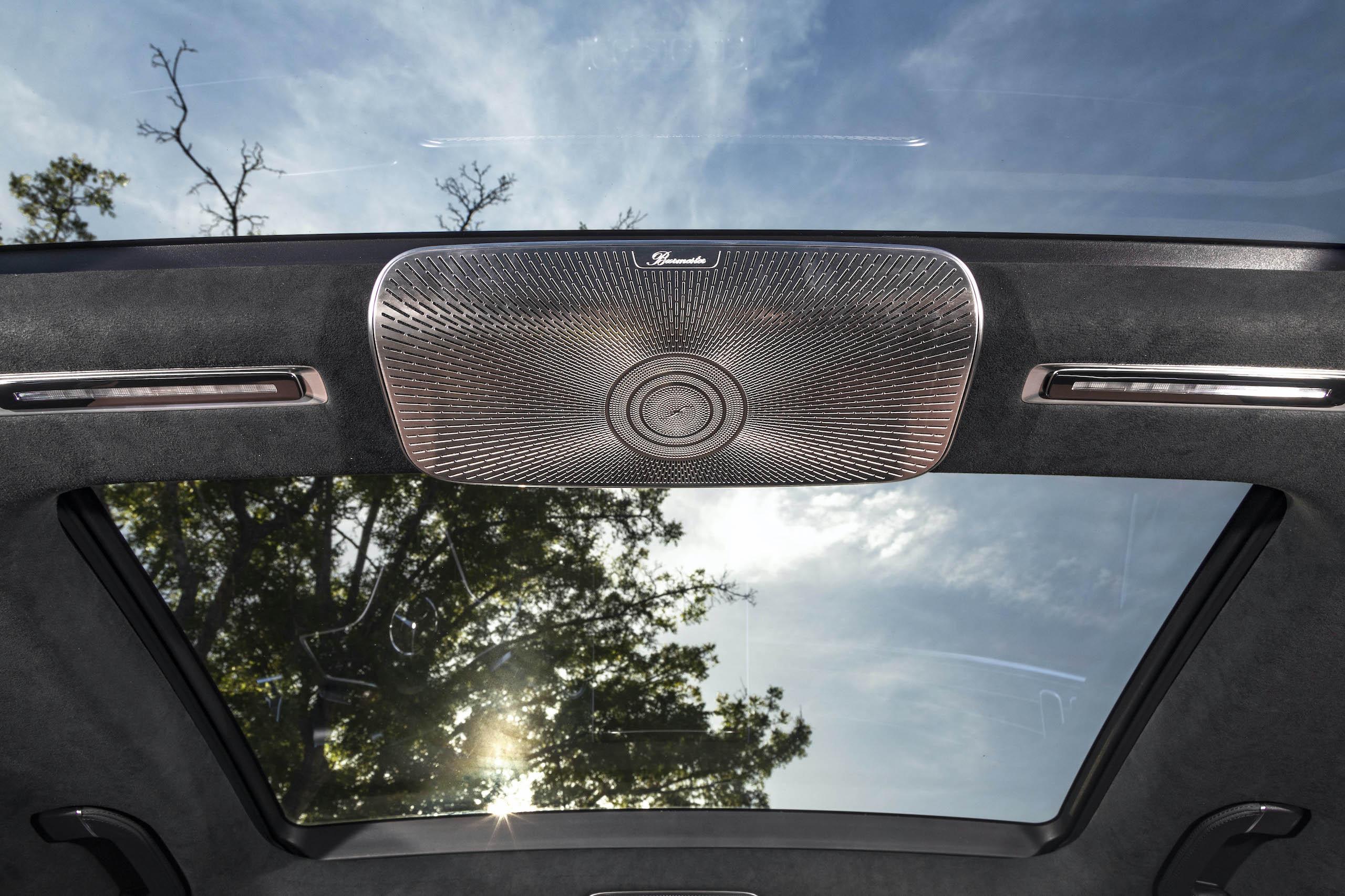 Mercedes Benz-S-Class interior moonroof audio
