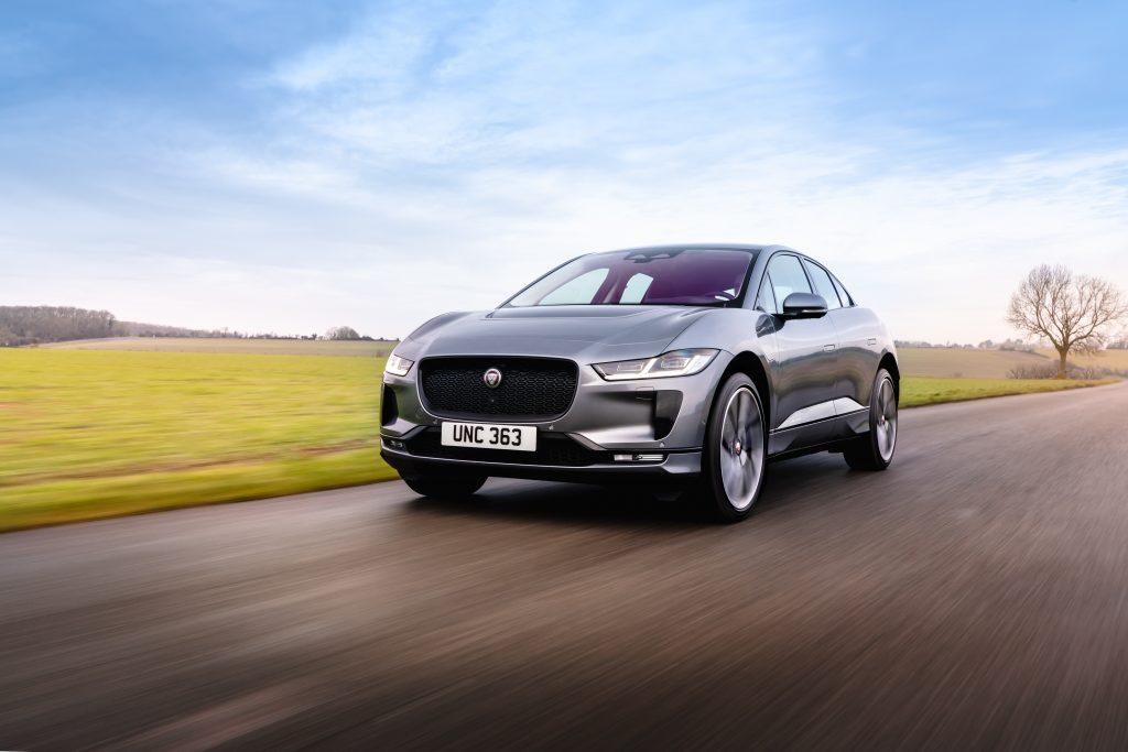 2022 Jaguar I-PACE_Eiger Grey_Front 3q rolling