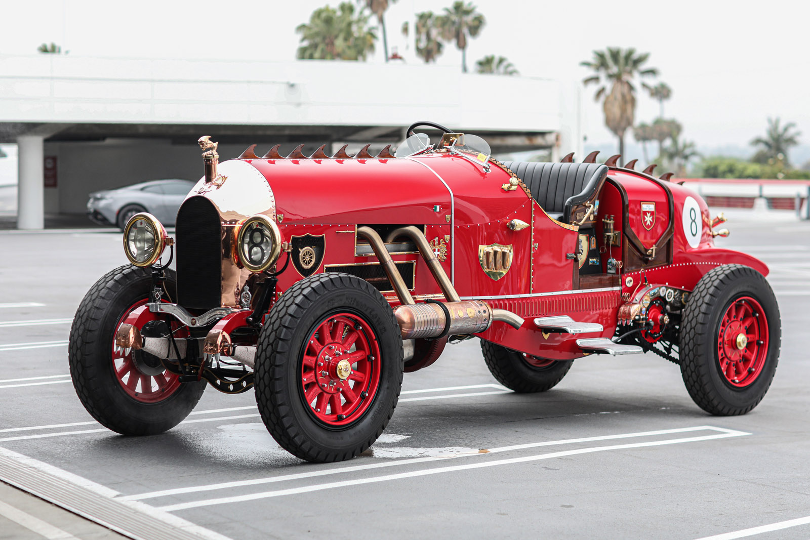 Custom touring car Beverly Hills Tour