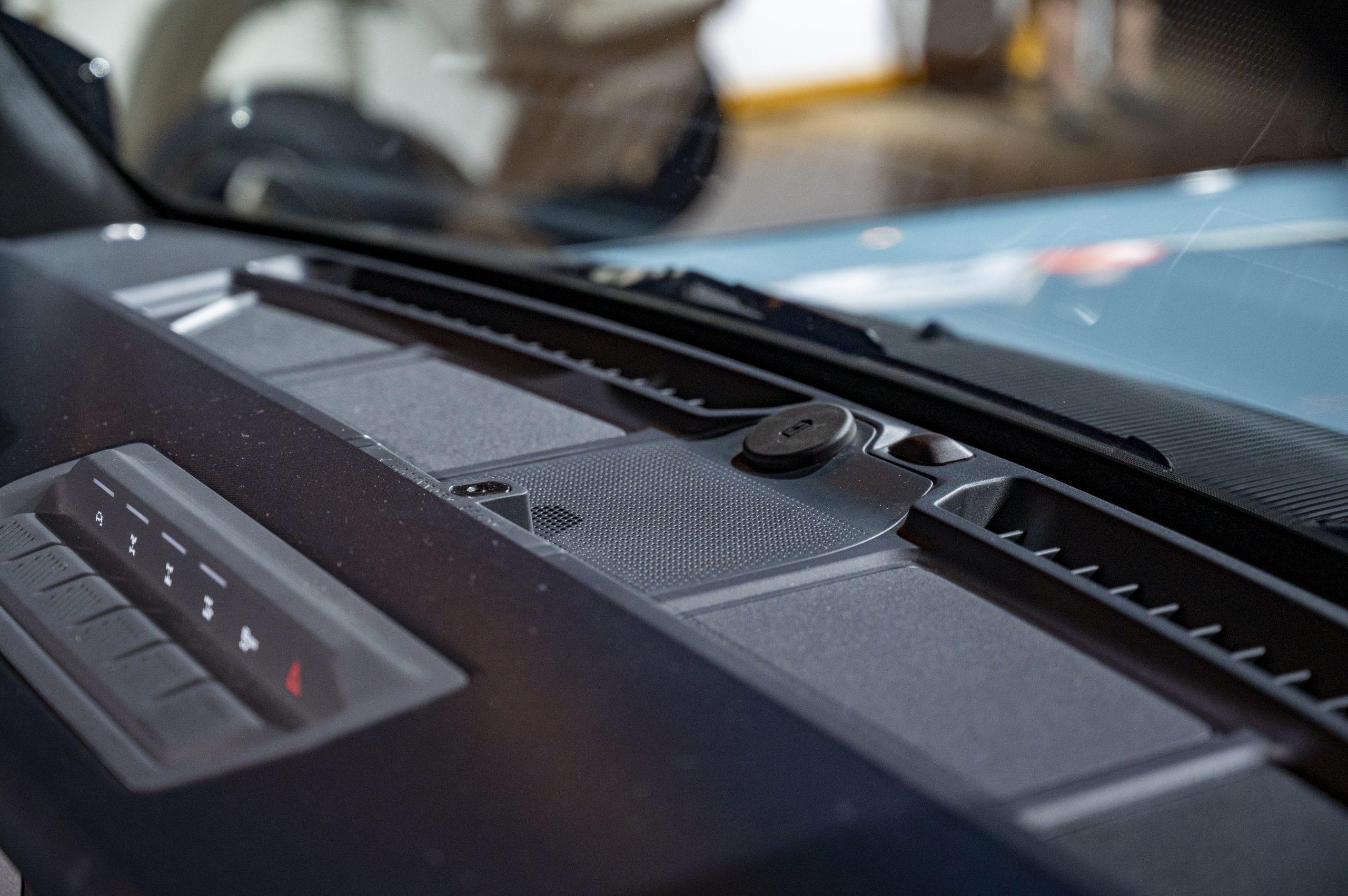 2021 Ford Bronco dash top detail