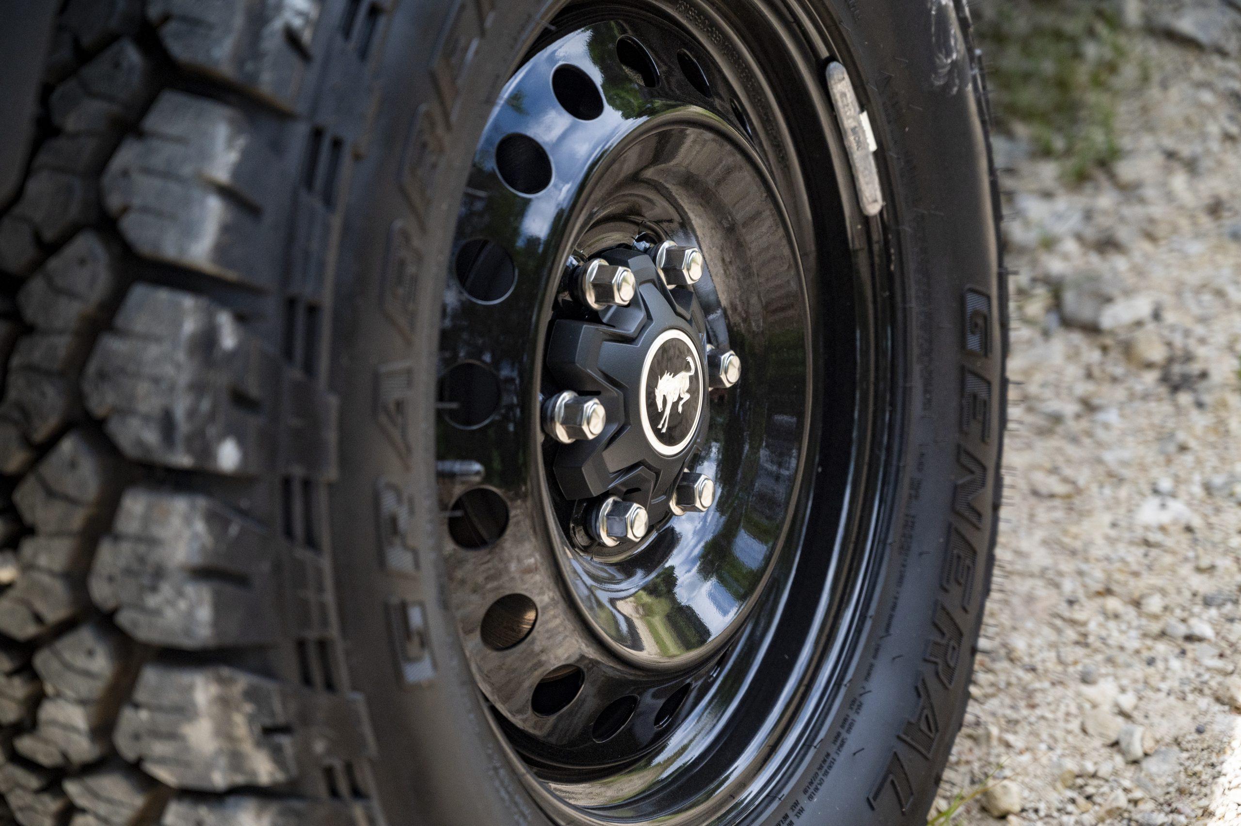2021 Ford Bronco wheel hub detail