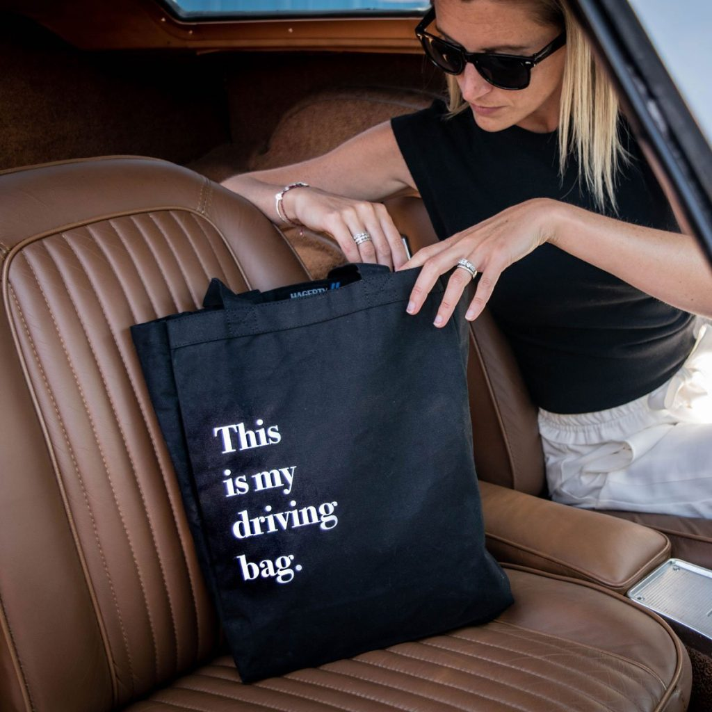 driving tote