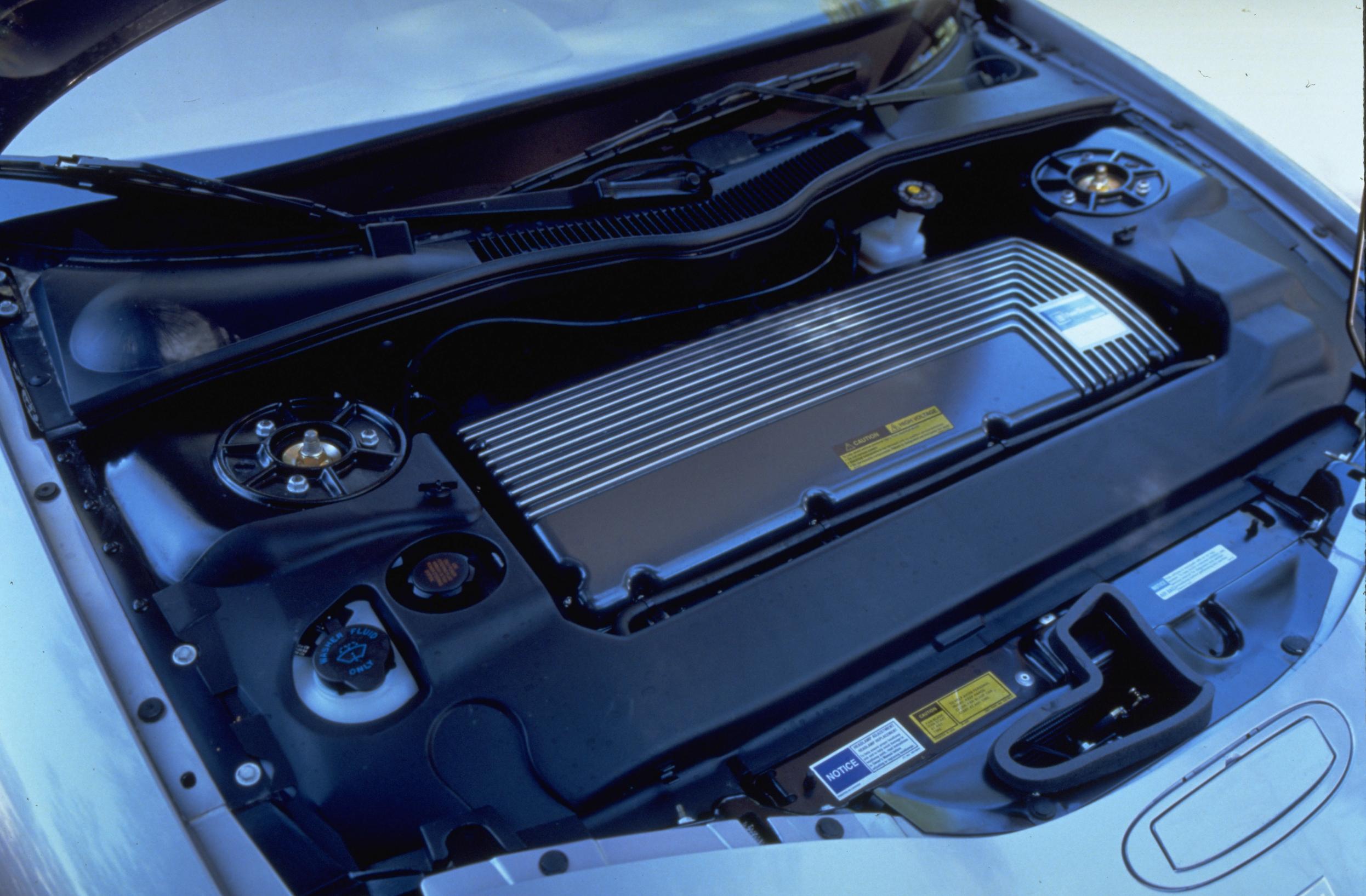 1997 EV1 front under hood