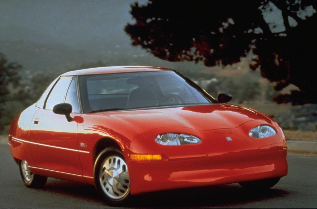 1997 EV1 front three-quarter
