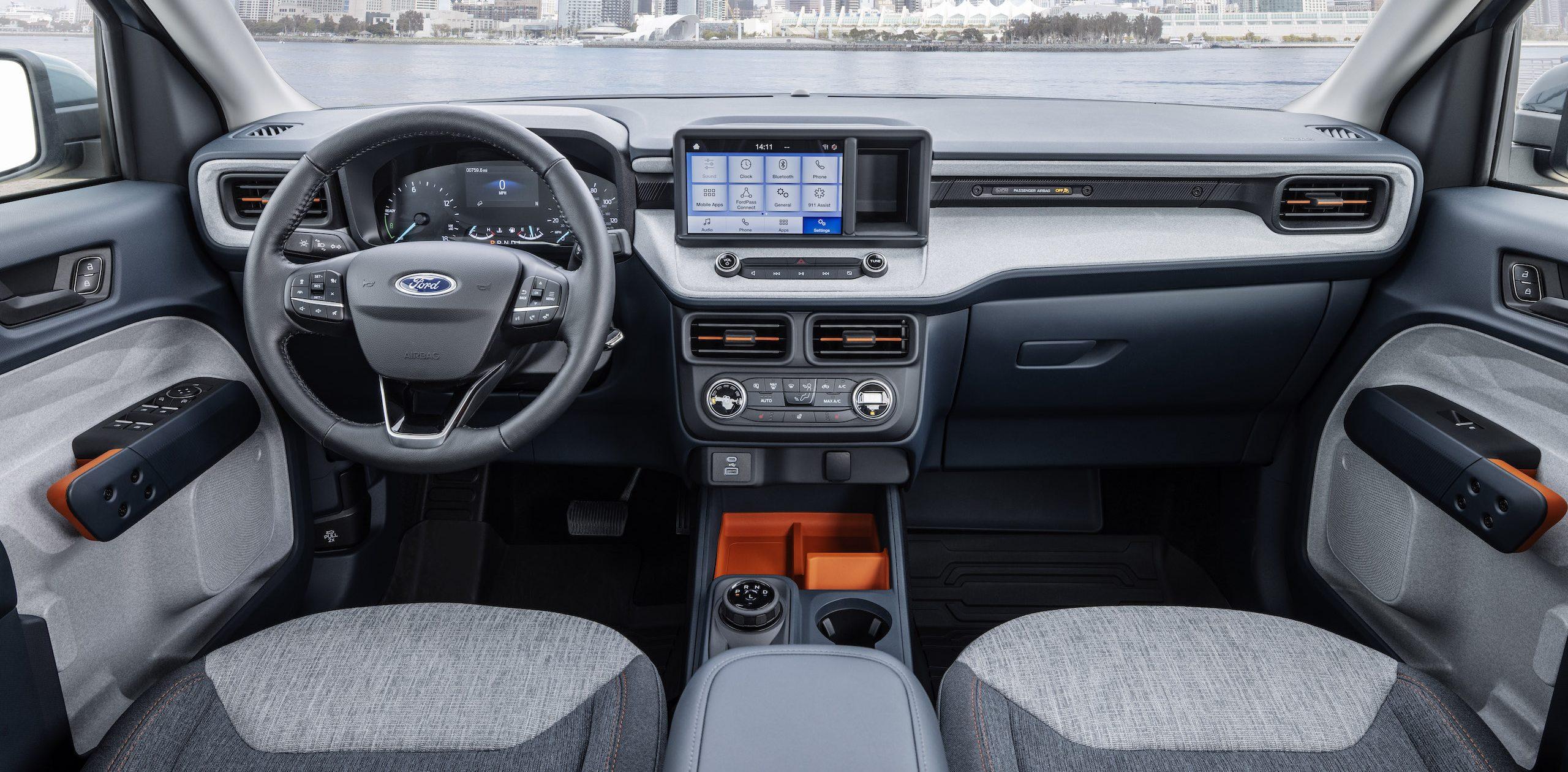 Maverick Ecoboost hybrid interior