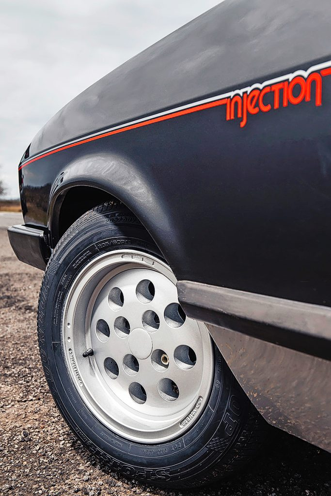 Henry Ford Capri injection graphic front quarter panel