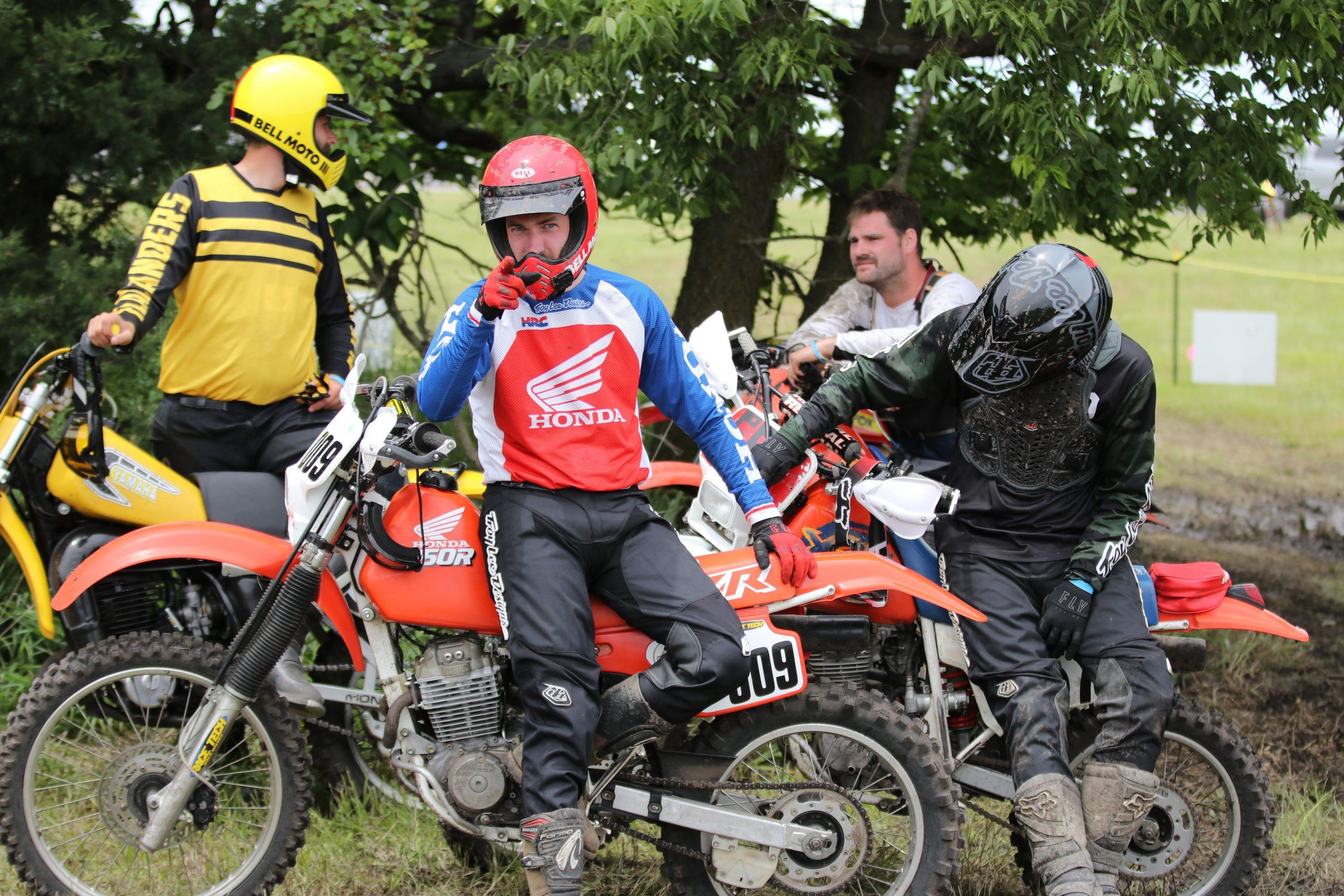 heartland motofest Kyle Smith flatlanders waiting for moto