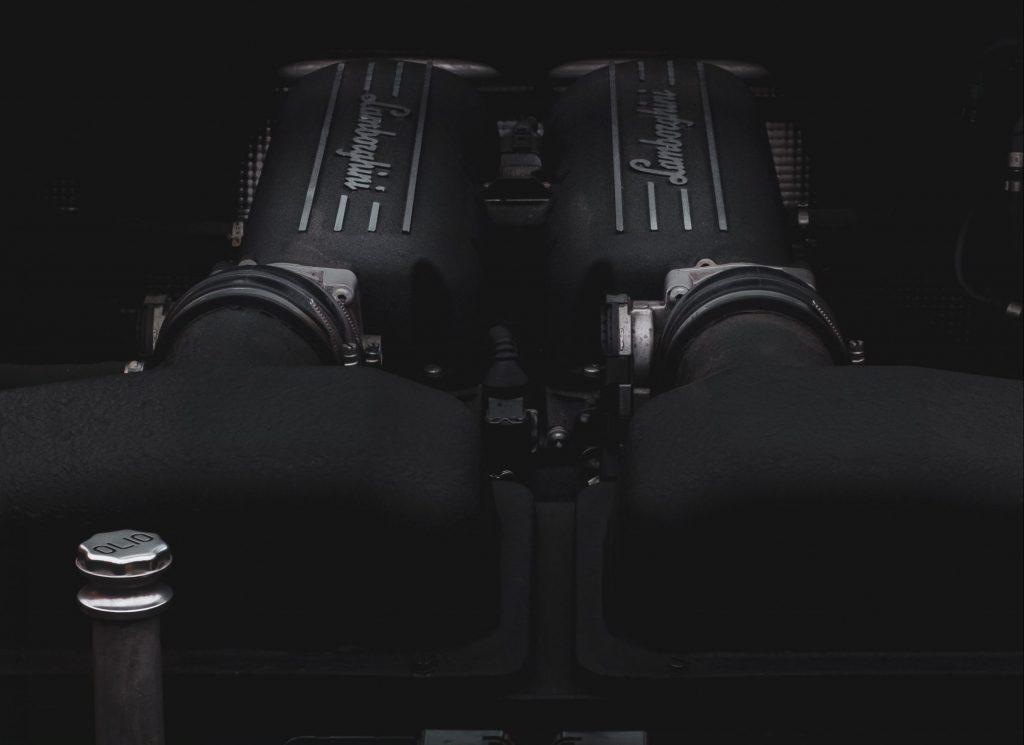 Lamborghini-V10 engine