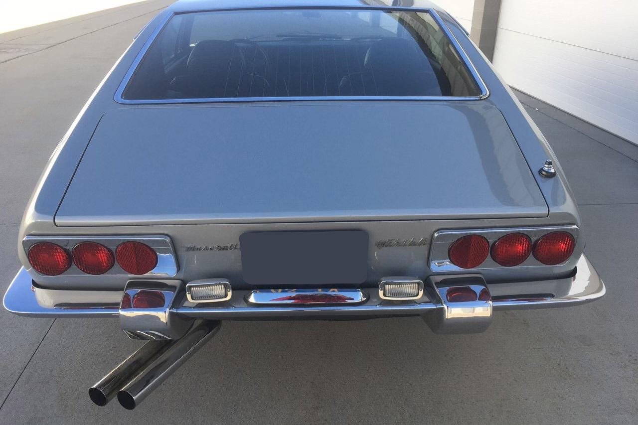 Sinatra Maserati rear
