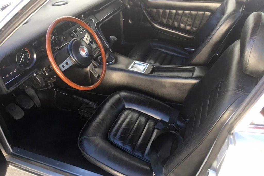 Sinatra Maserati interior
