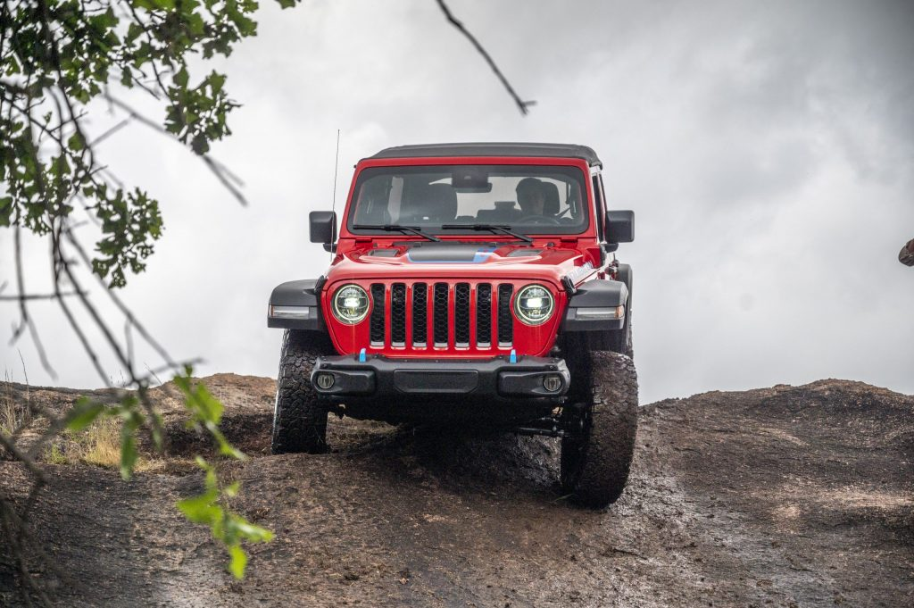 Jeep Wrangler Rubicon 4xe off-roading