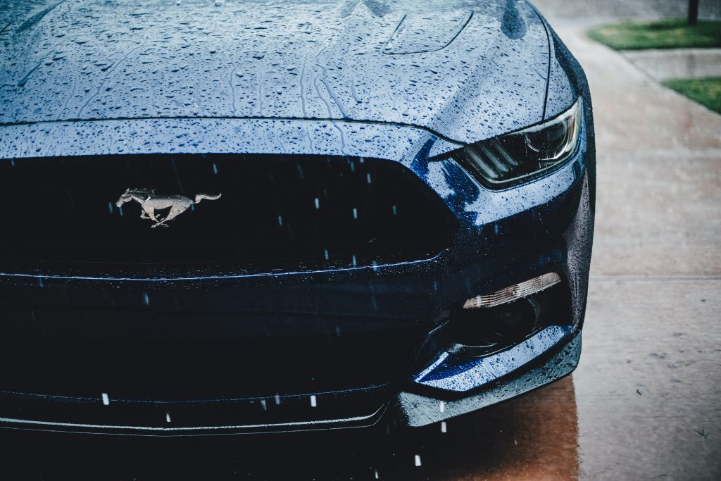 Ford Mustang Front Close Rainy Day Driveway