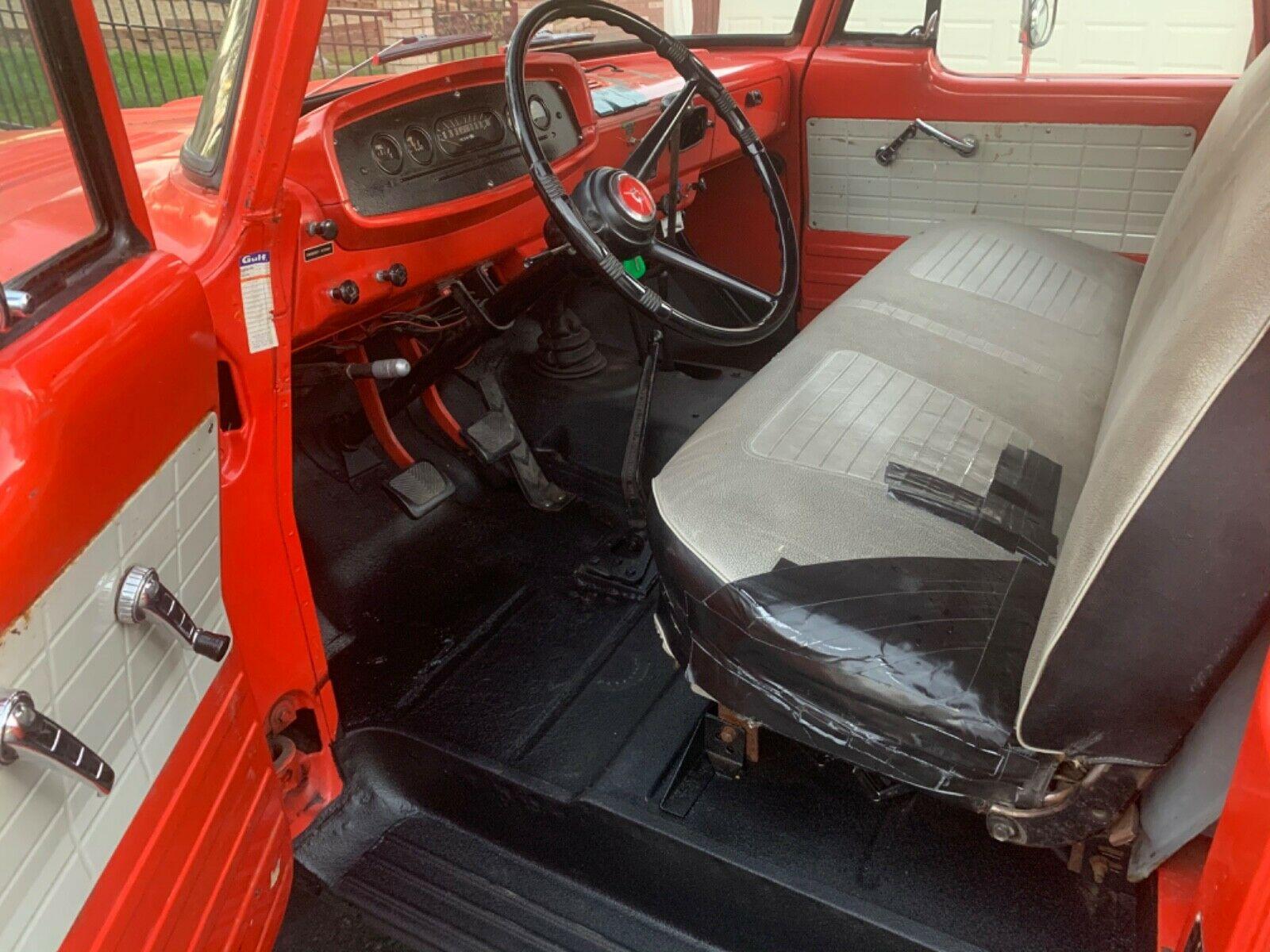1964 Dodge W200 Power Wagon interior
