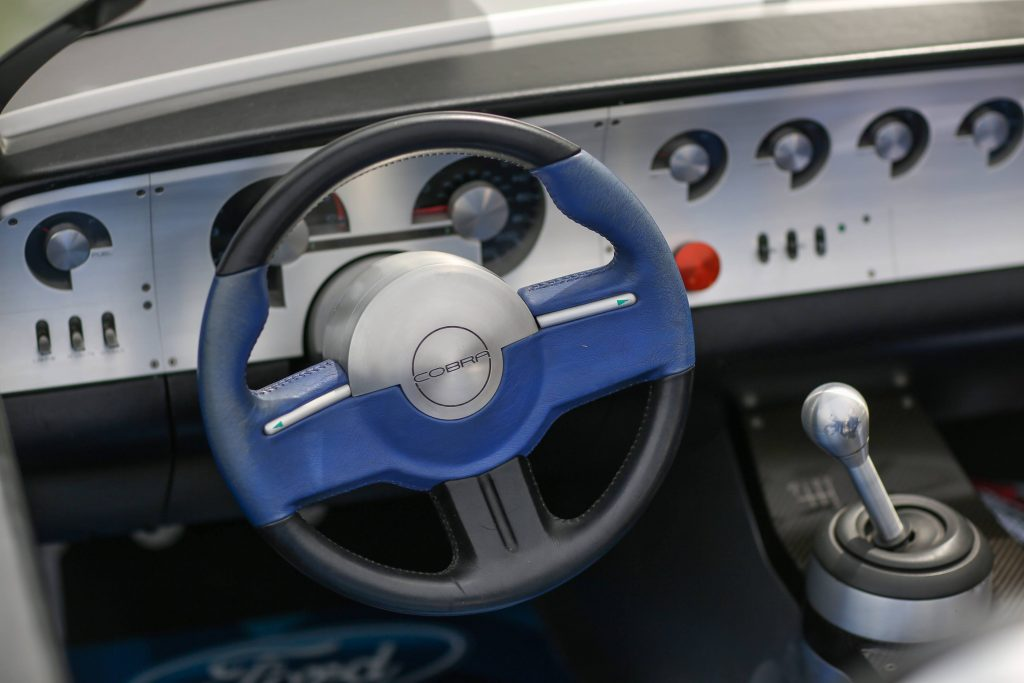 shelby-cobra-concept-theodore interior wheel and shifter