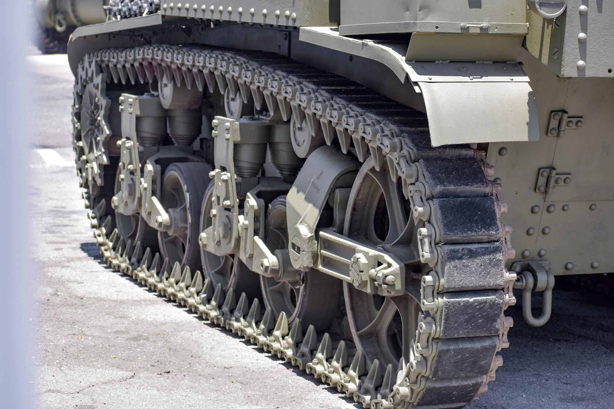 1941 M3 Stuart Tank track