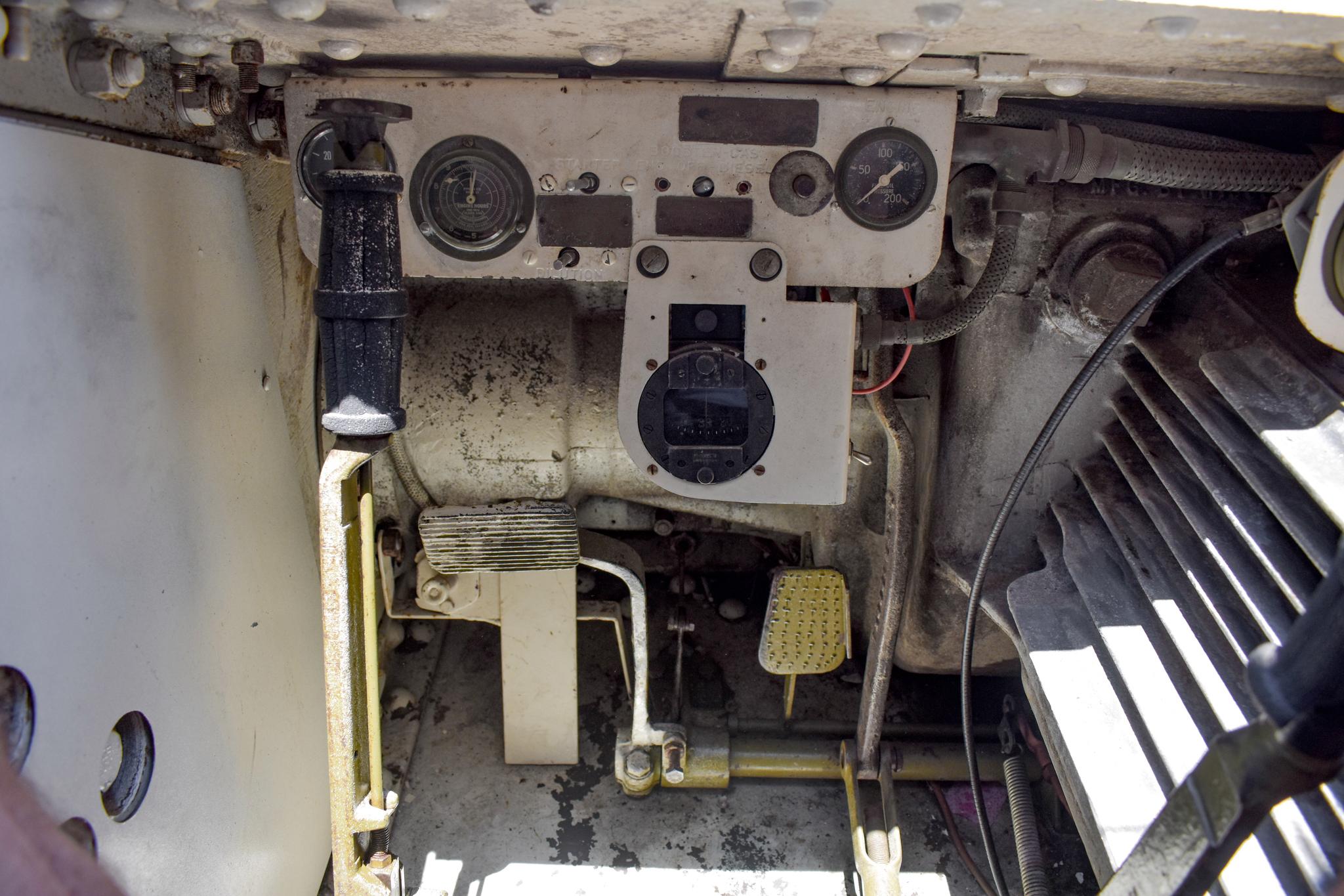 1941 M3 Stuart Tank cockpit gauges