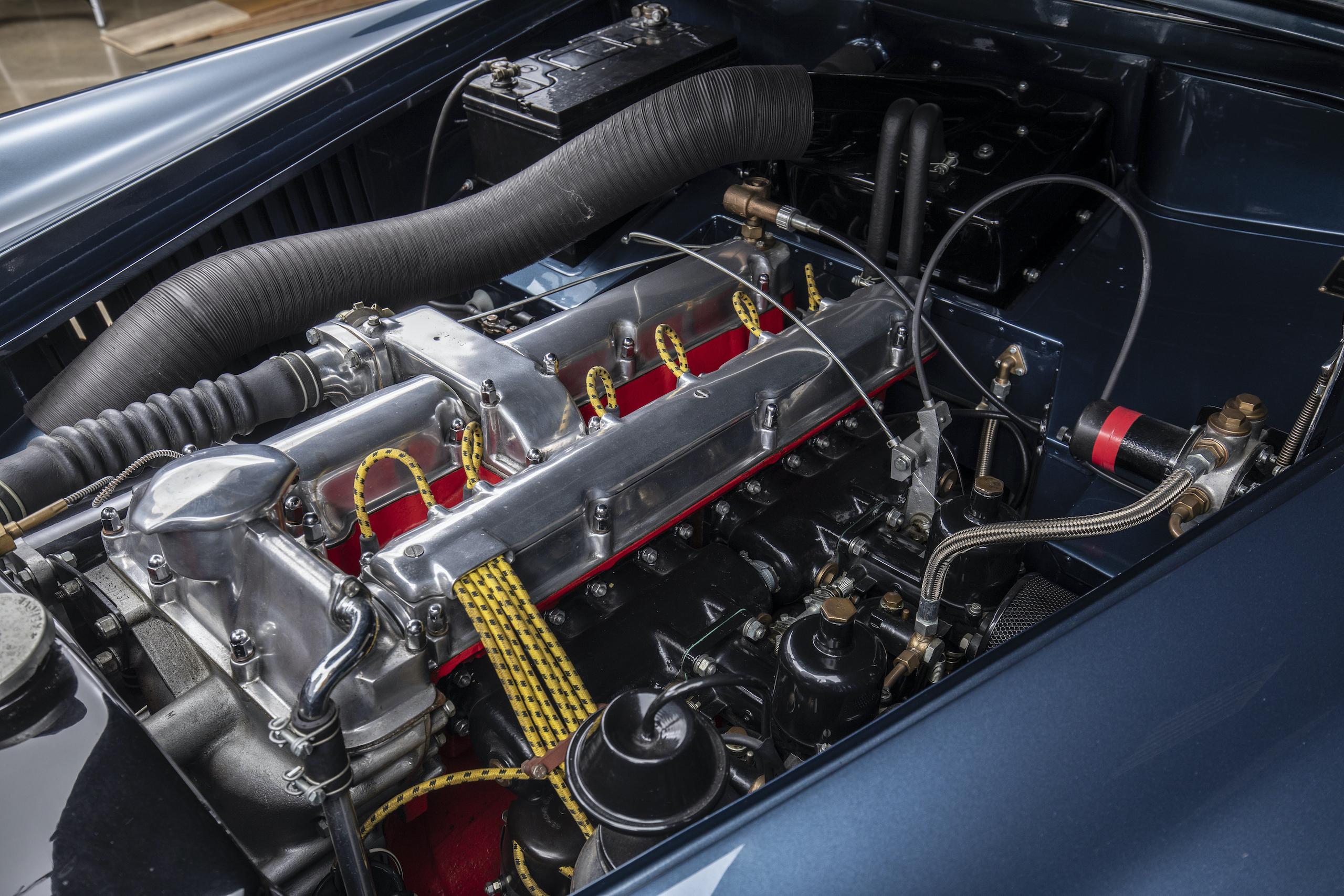 aston martin db4 drophead coupe bertone engine