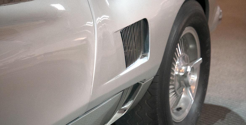 Chevrolet Corvair Monza GT vent