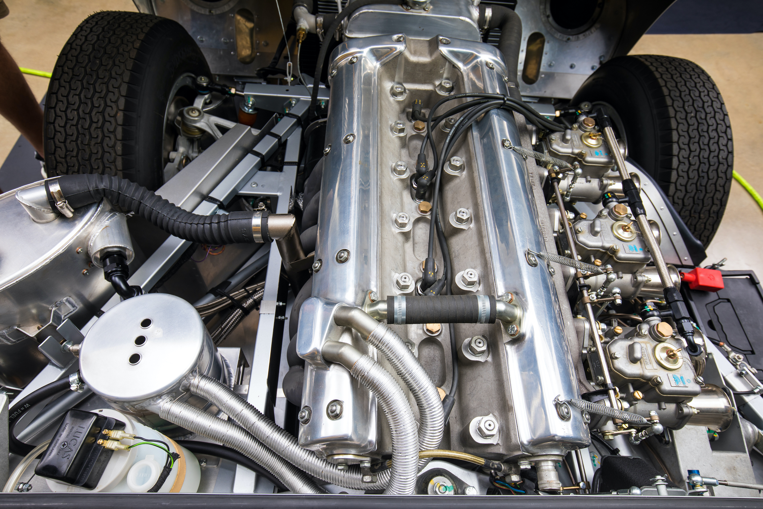 jaguar e-type lightweight continuation engine