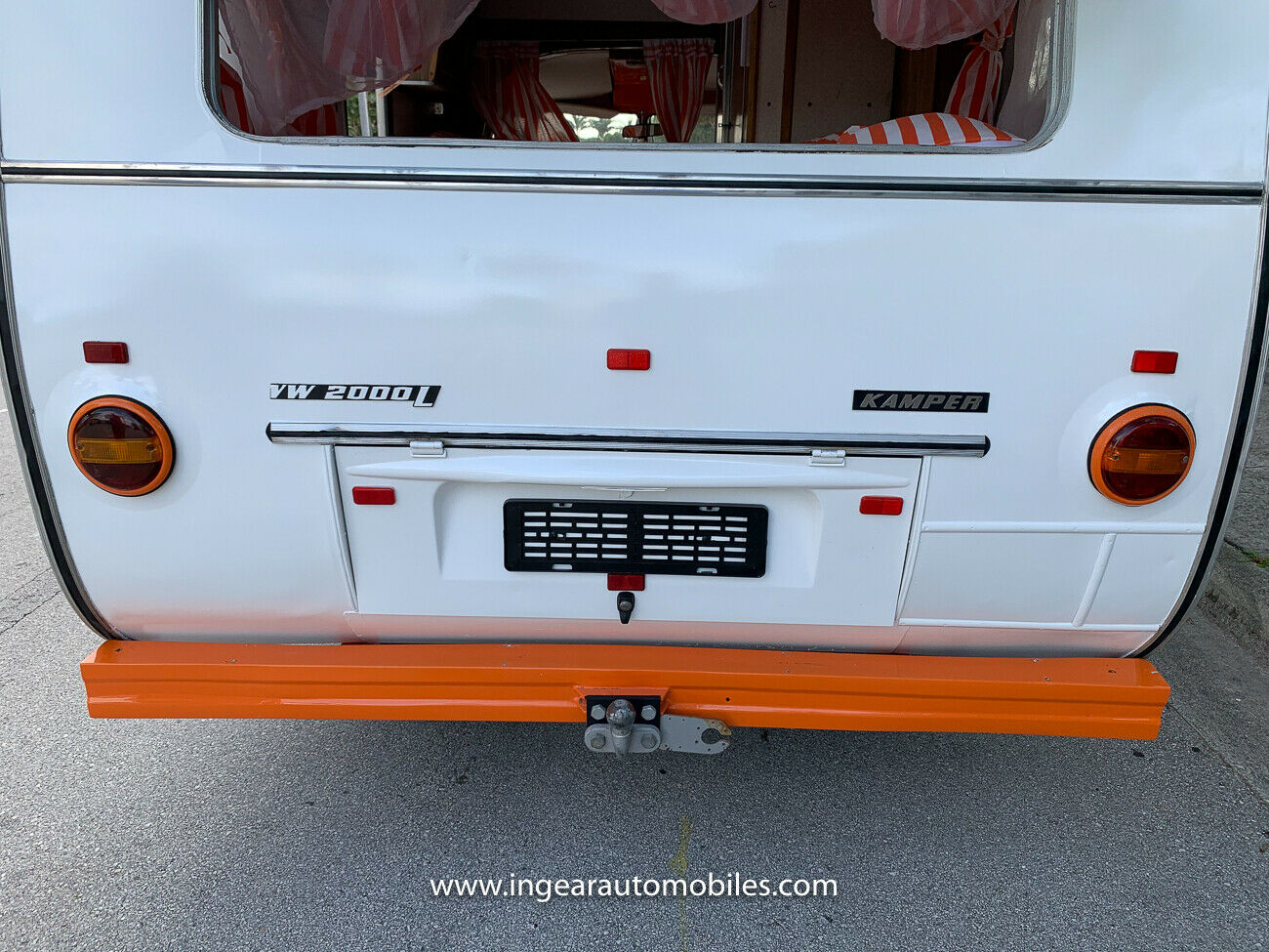 Volkswagen Bus Camper VW rear