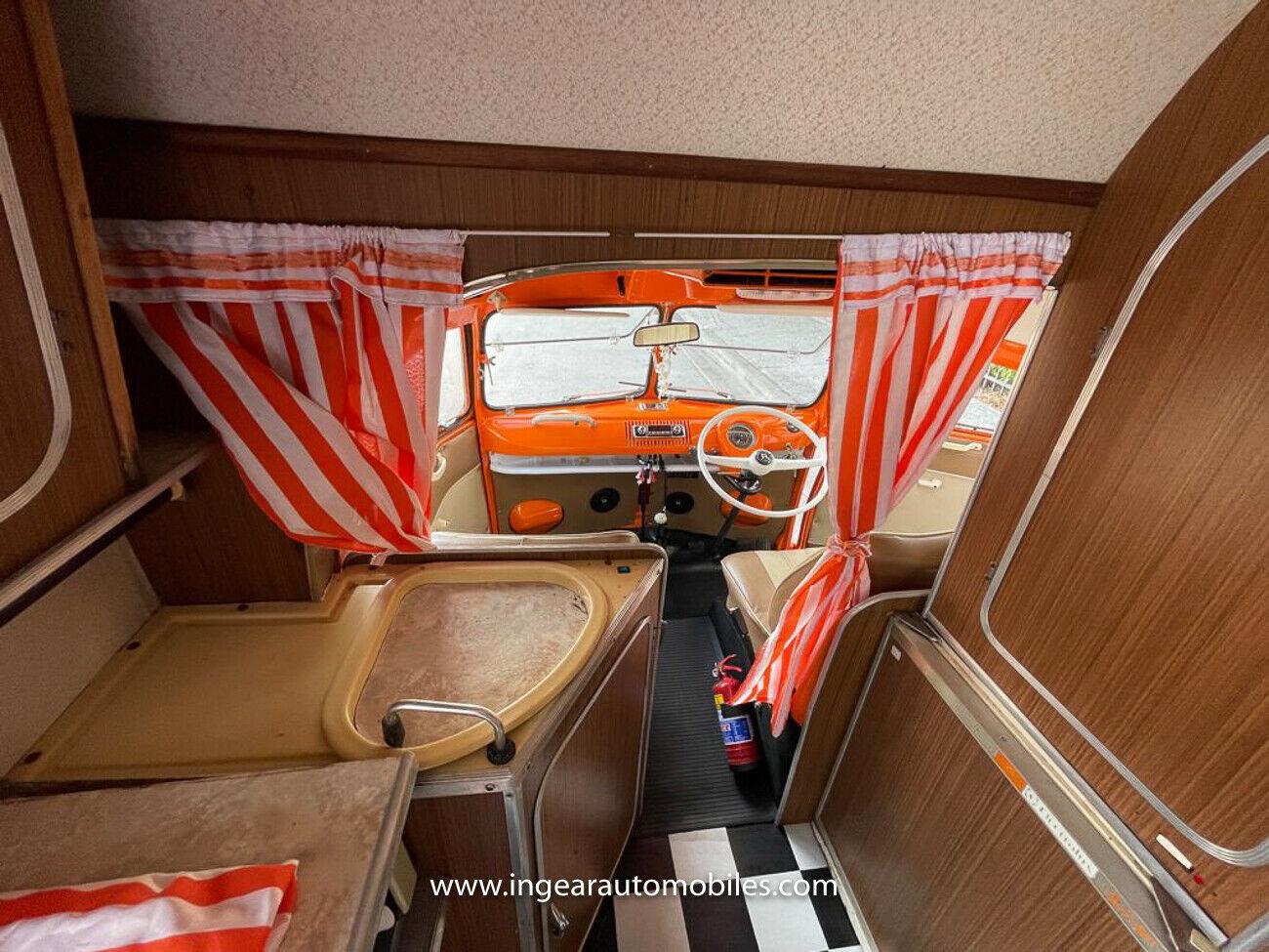 Volkswagen Bus Camper VW interior front