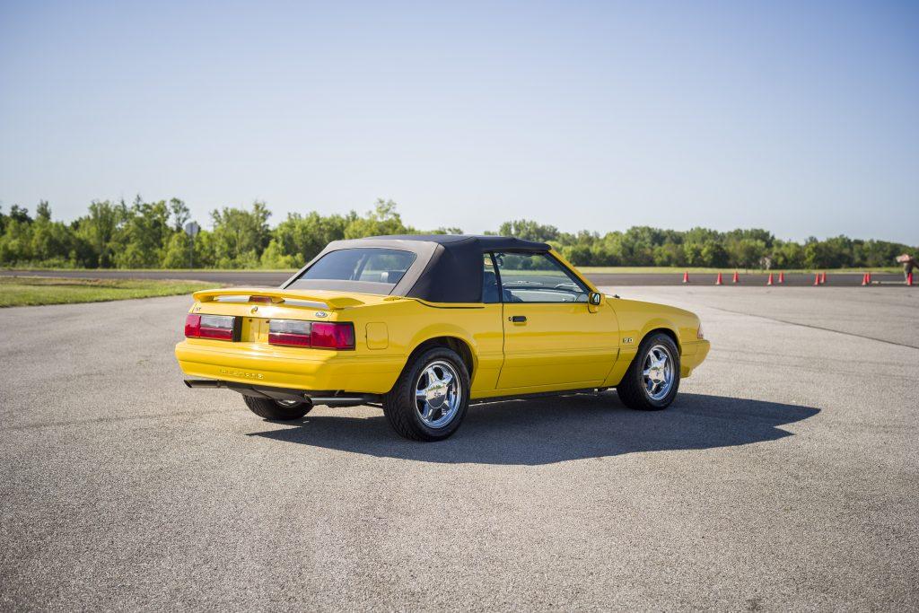 1993 Ford Mustang LX rear three-quarter