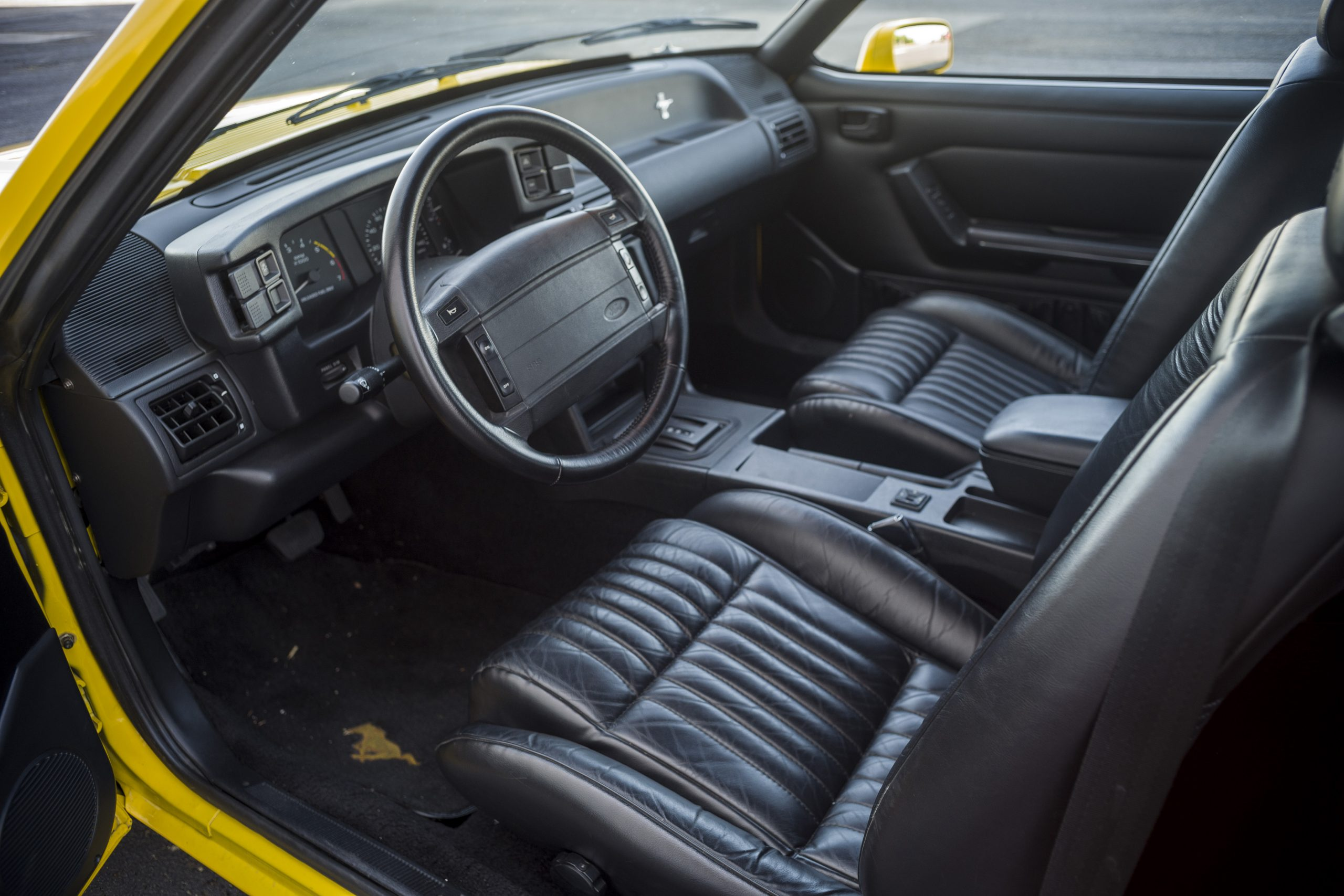 1993 Ford Mustang LX interior