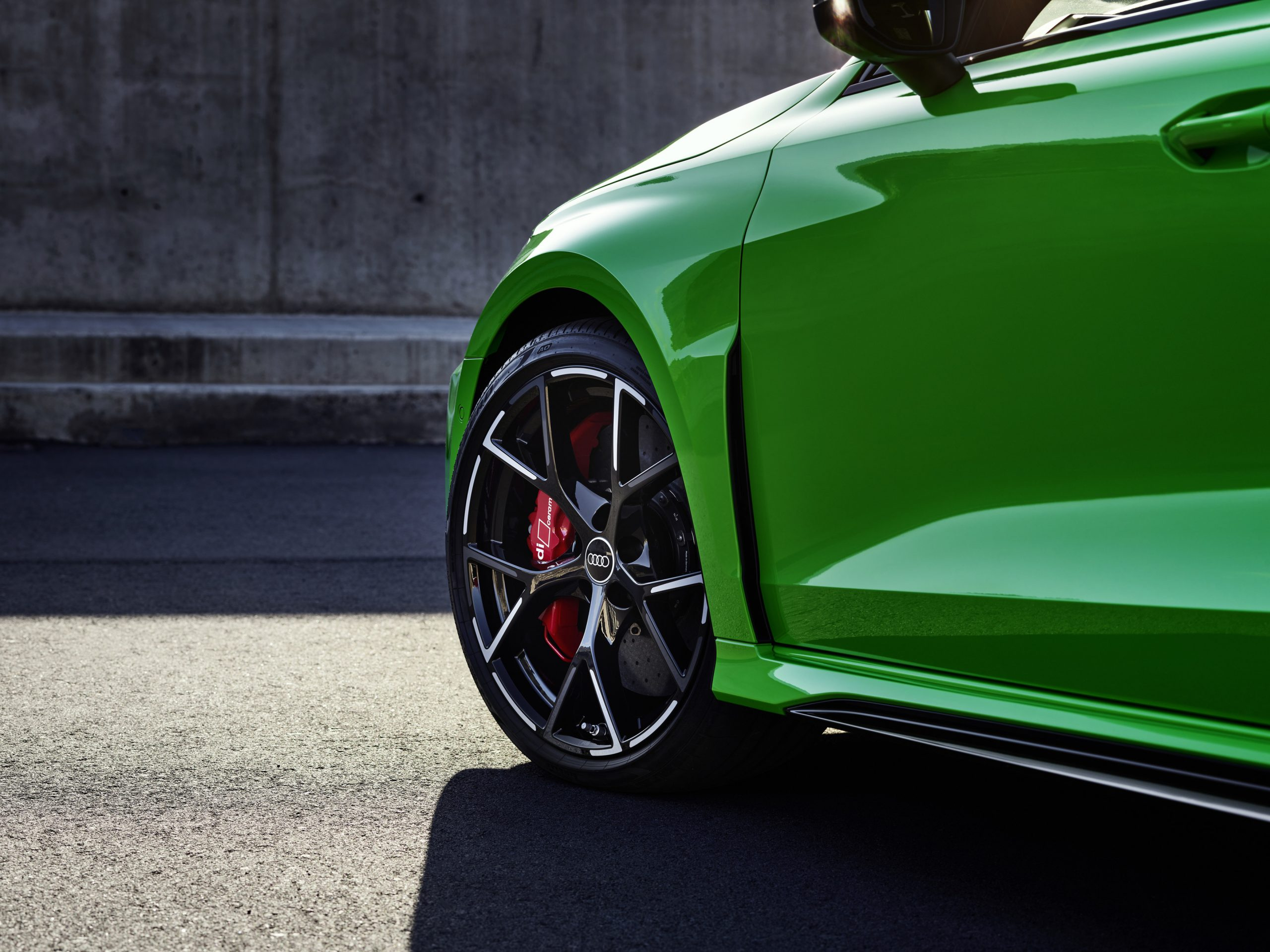 2022 audi rs 3 front wheel