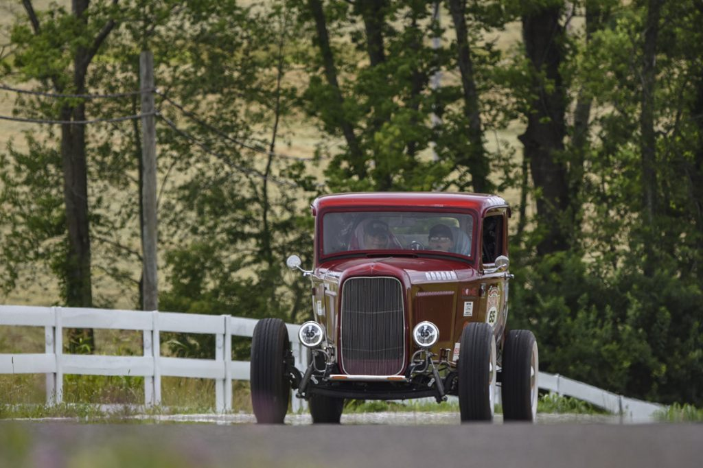 Gentry 1932 Ford front 3/4 driving