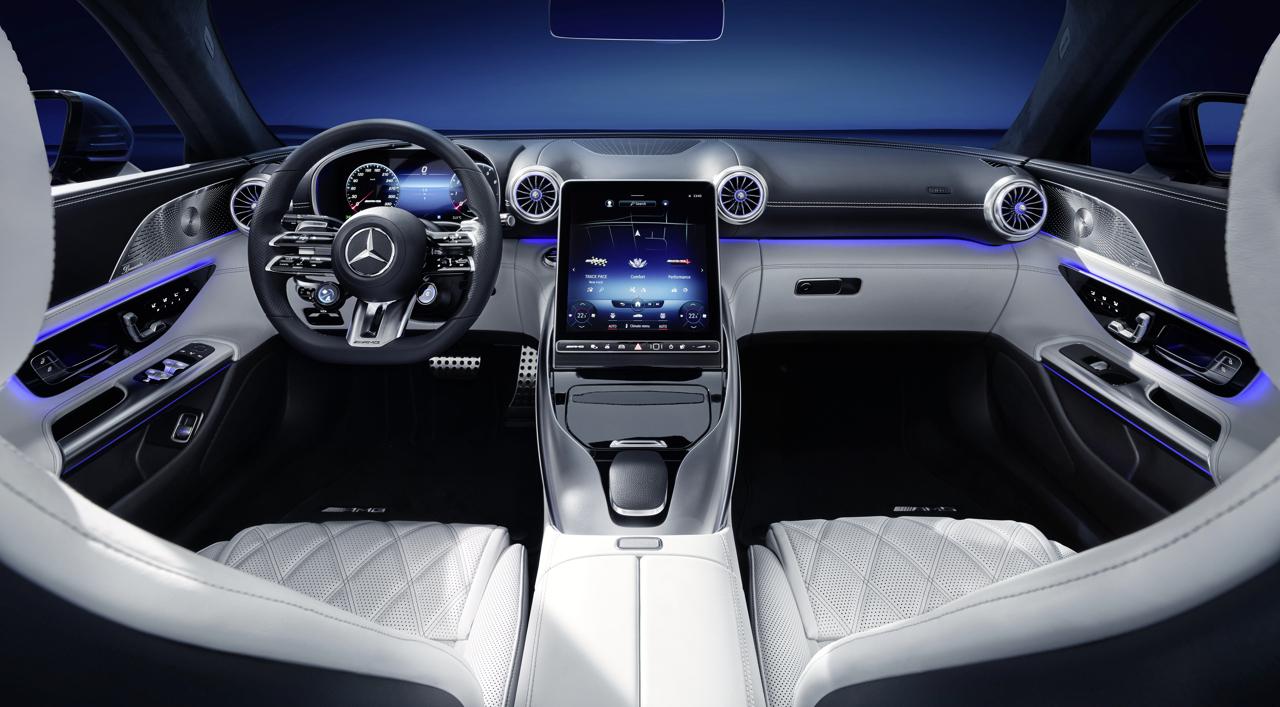 Mercedes-AMG SL interior 1