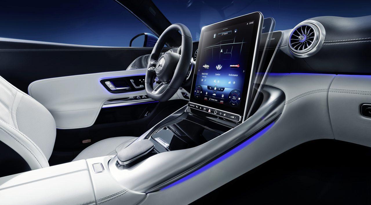 Mercedes-AMG SL interior 2