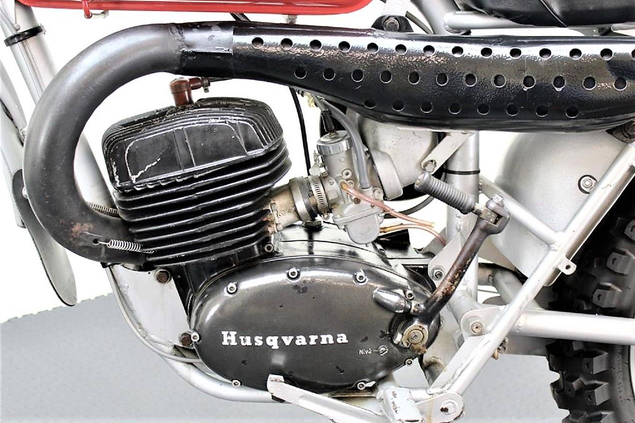 Steve McQueen-1971-husqvarna-motorcycle-std-4