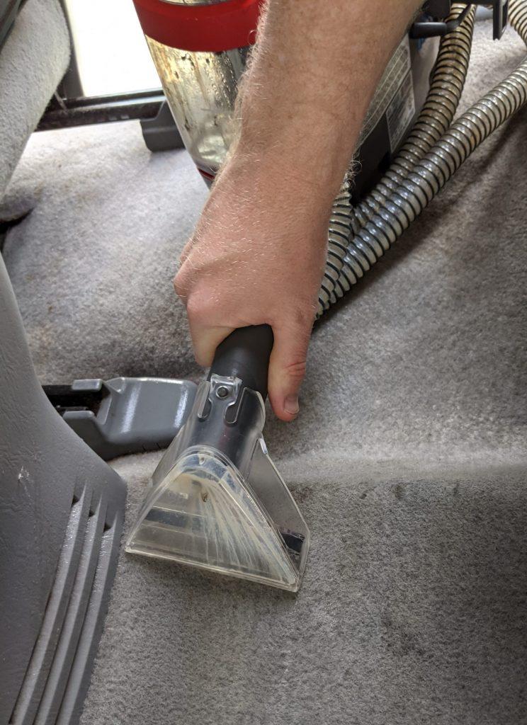 Car Odor Treatment wet vaccuming