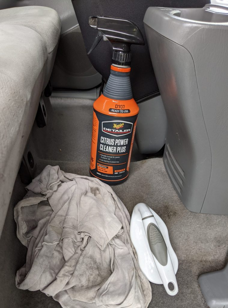 Car Odor Treatment detail chemical and rags