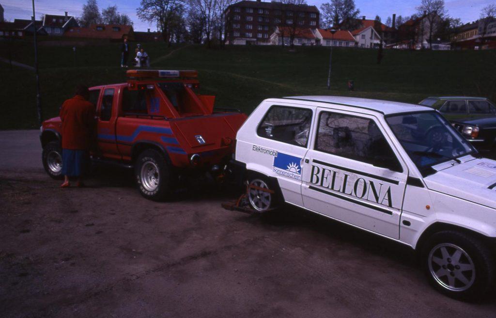 Bellona Larel Car towed