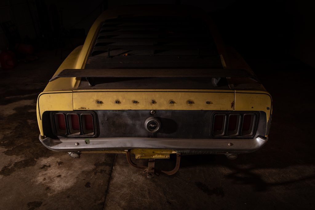 Boss Mustang connection rear