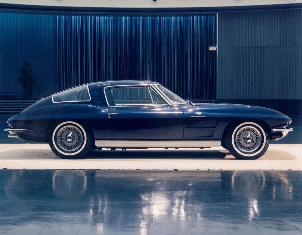 4-Seater 1963 Split Window Coupe Prototype side profile